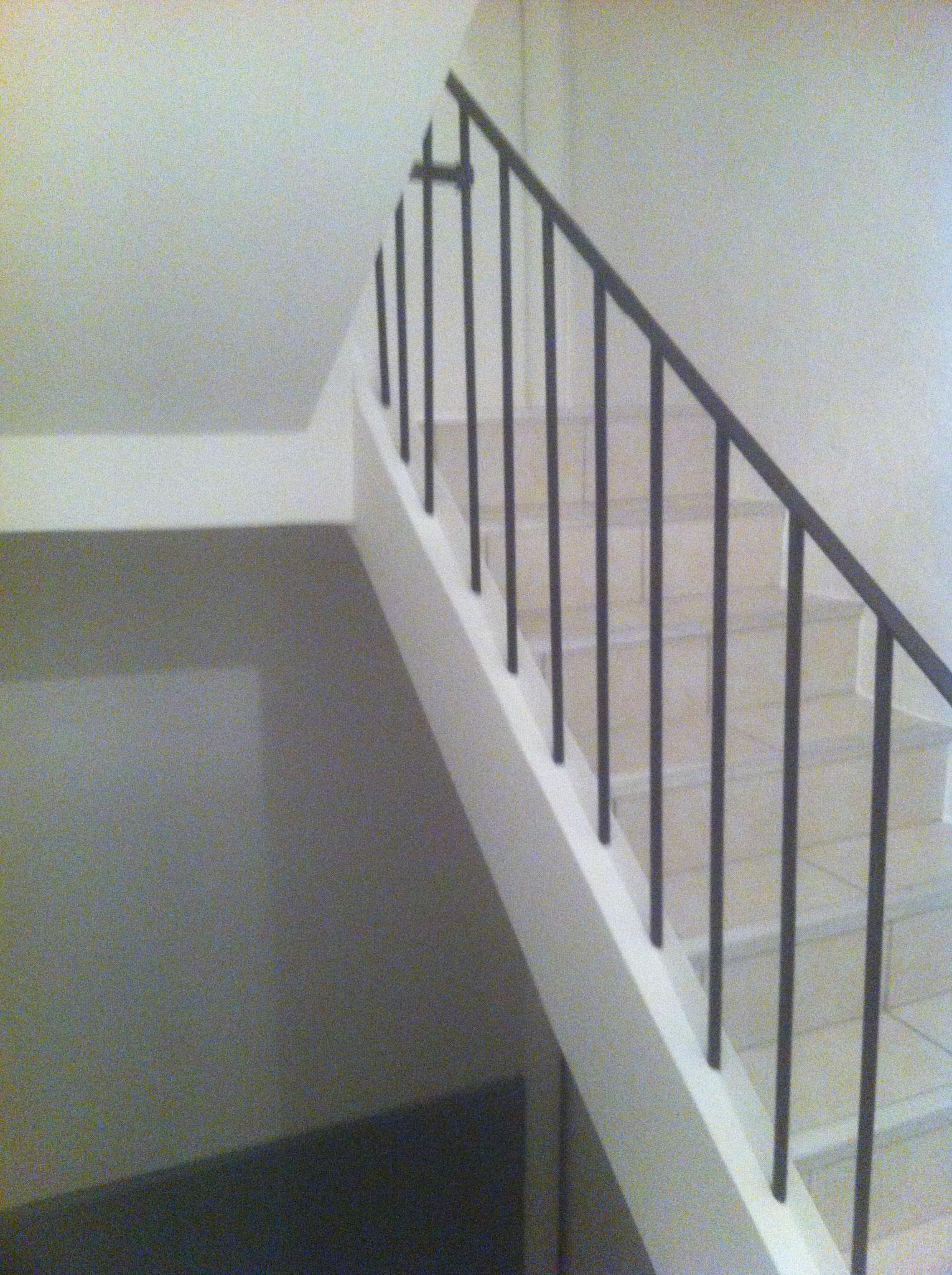 Rénovation d'une cage à escalier/ Peinture