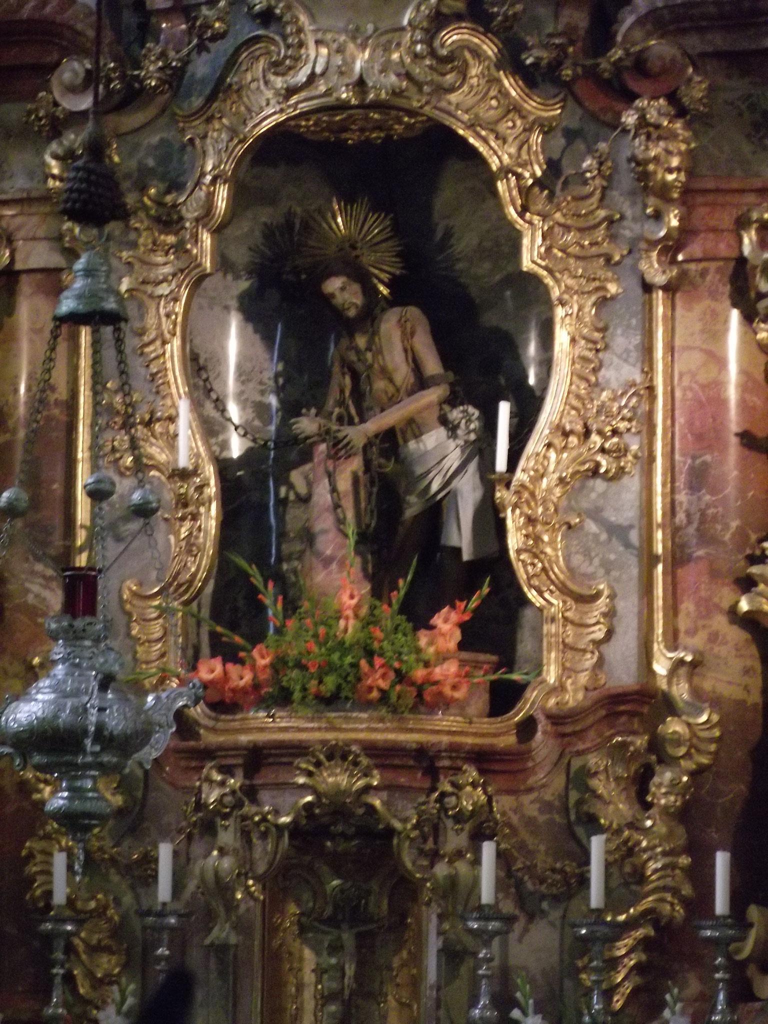 Hochaltar der Wieskirche mit dem gegeißelten Heiland