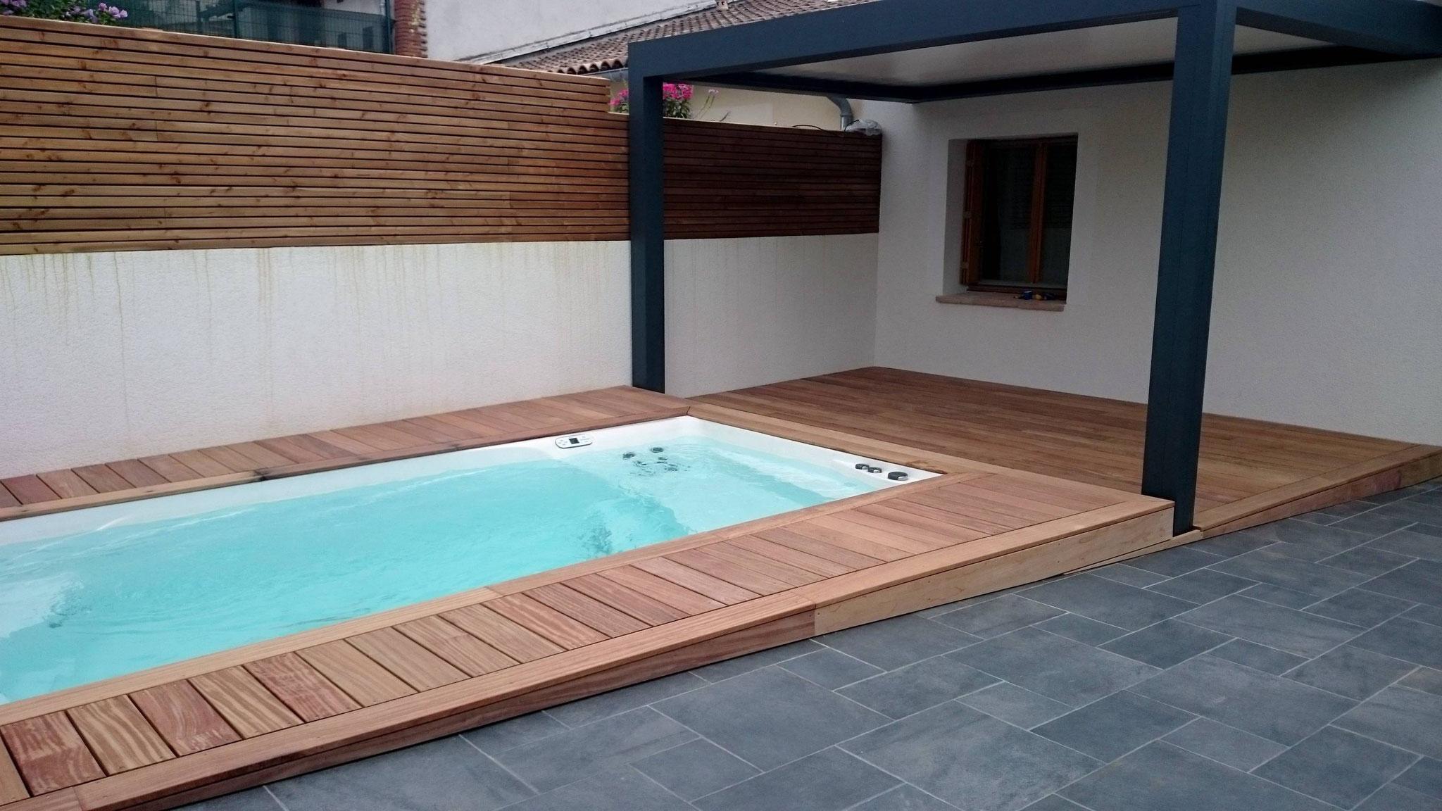 PRETTY POOL  avec nage contre-courant, balnéothérapie, chauffage intégré à lafrançaise (82130)