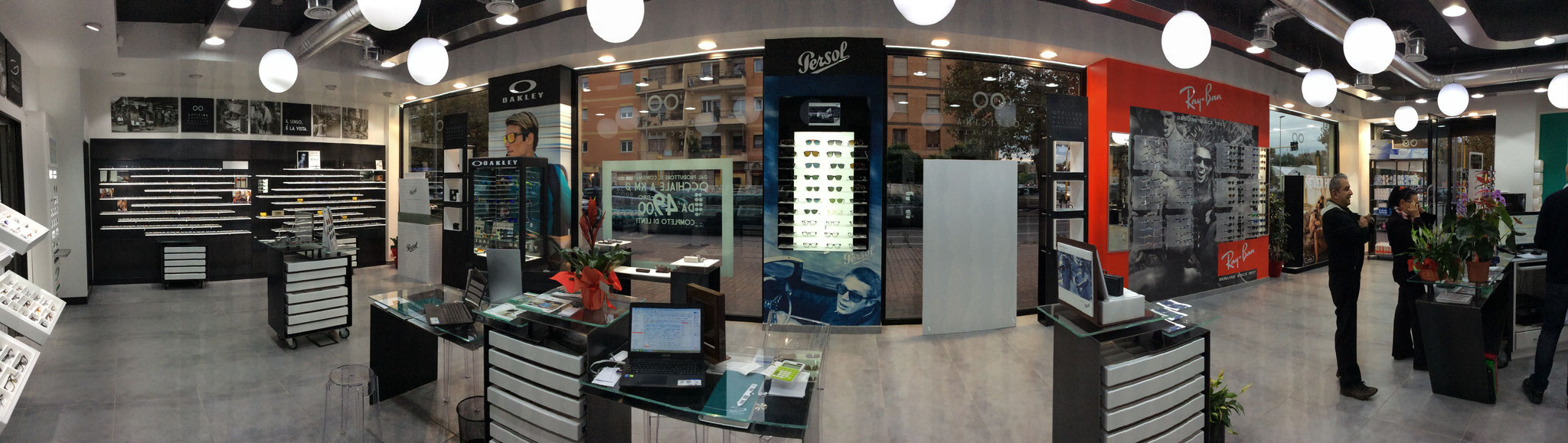 Restyling punto vendita - Officina occhiali Ostia