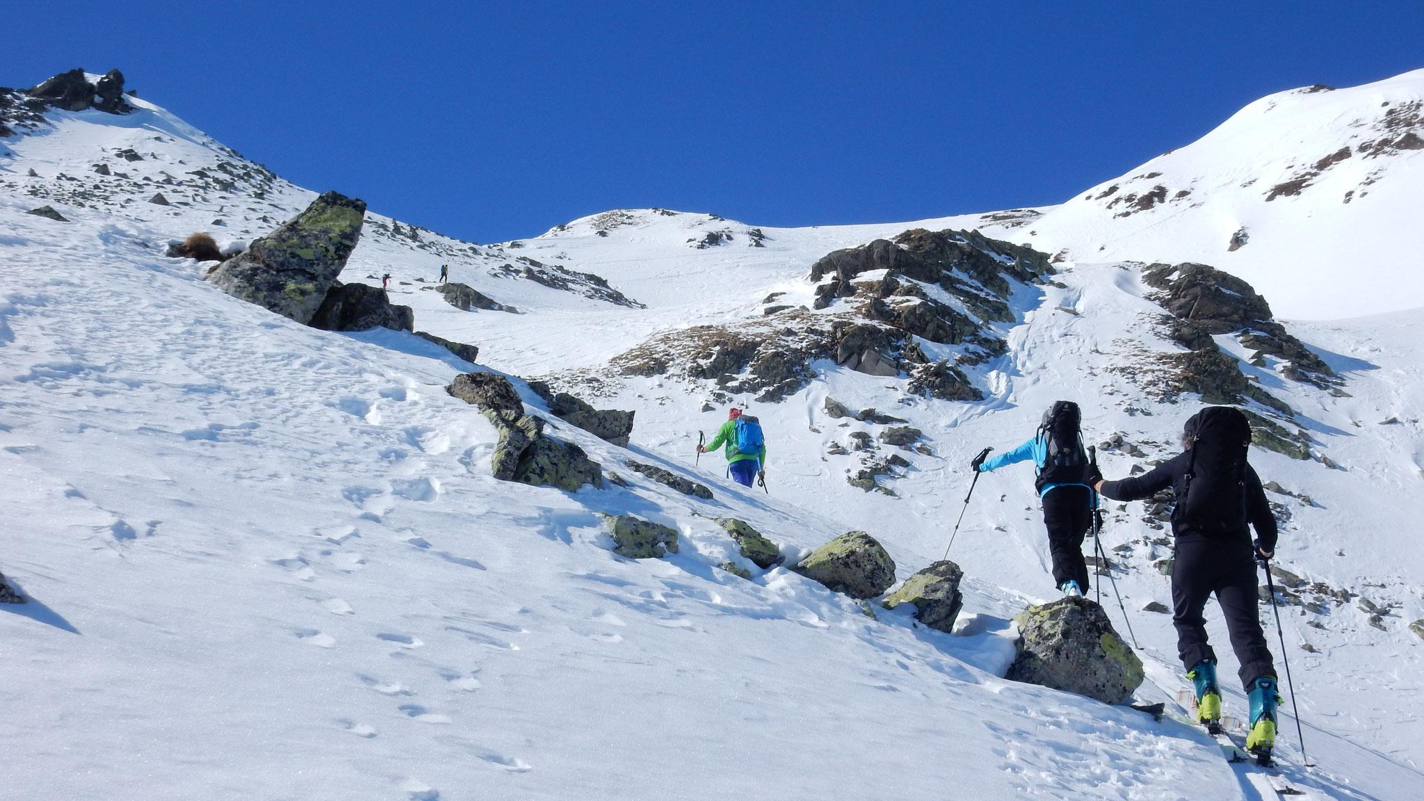 abwechslungsreicher Aufstieg Richtung Griankopf