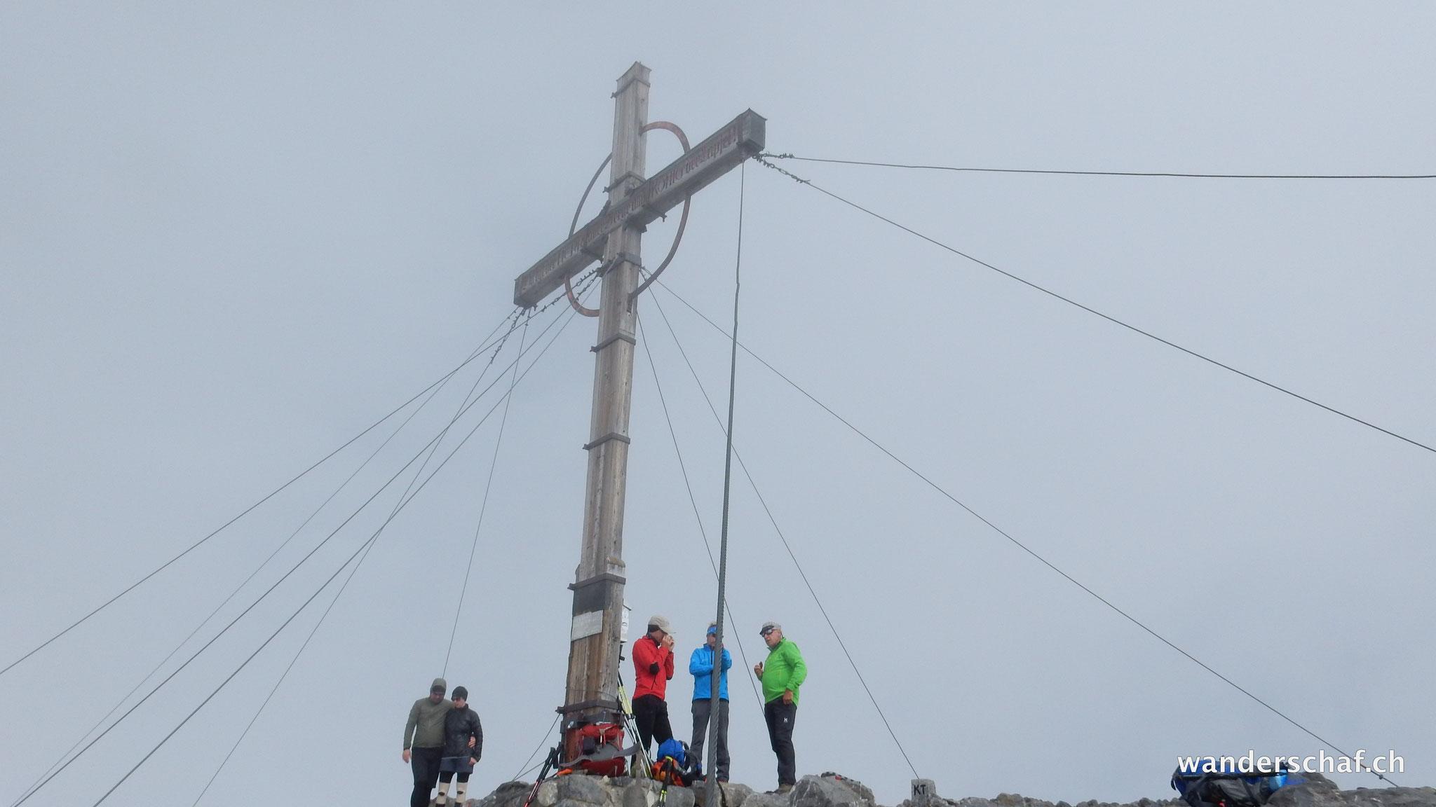 trotz Wolken: Gipfelglück auf der Schesaplana