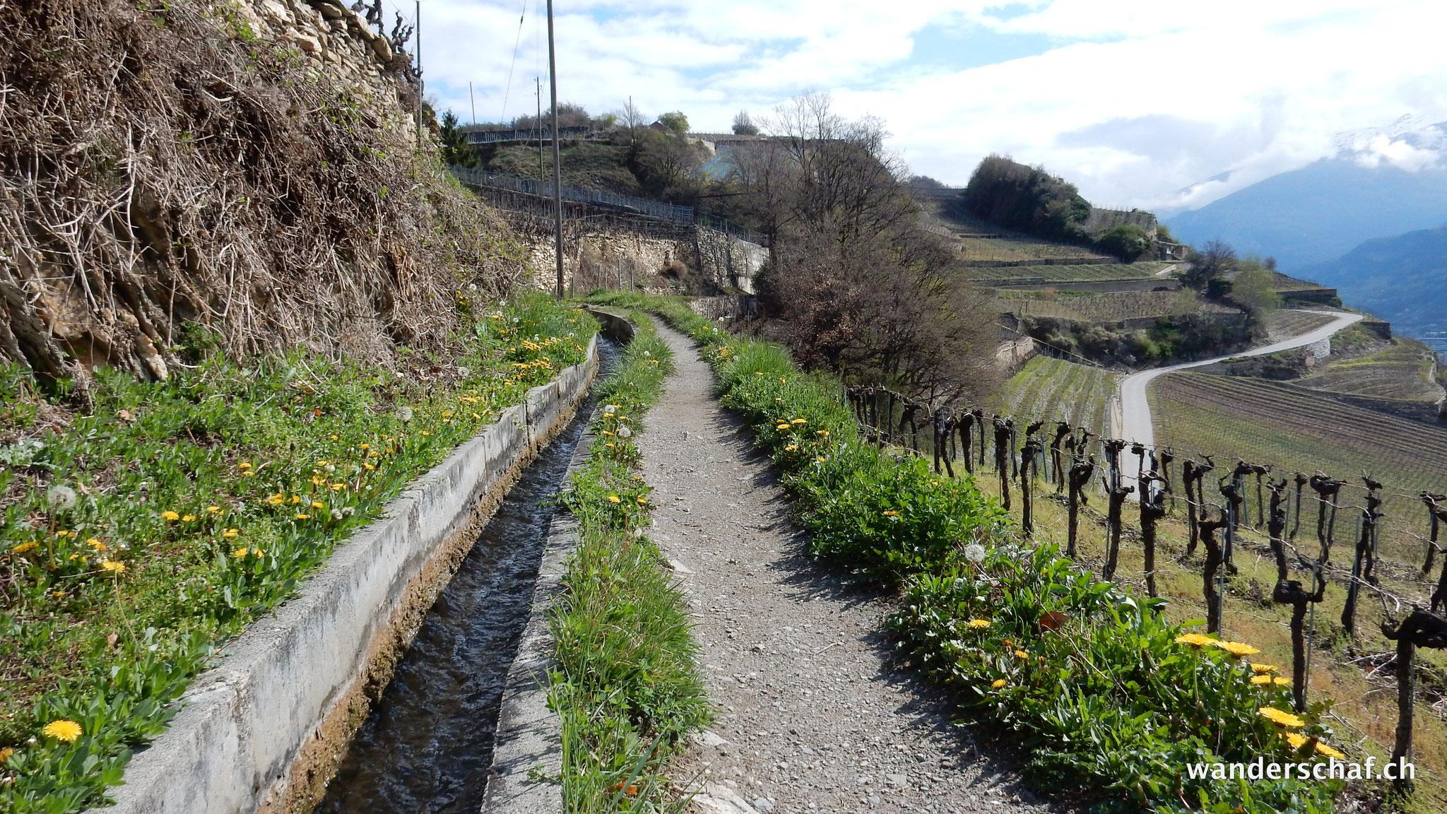 entlang der Suone Mont d'Orge