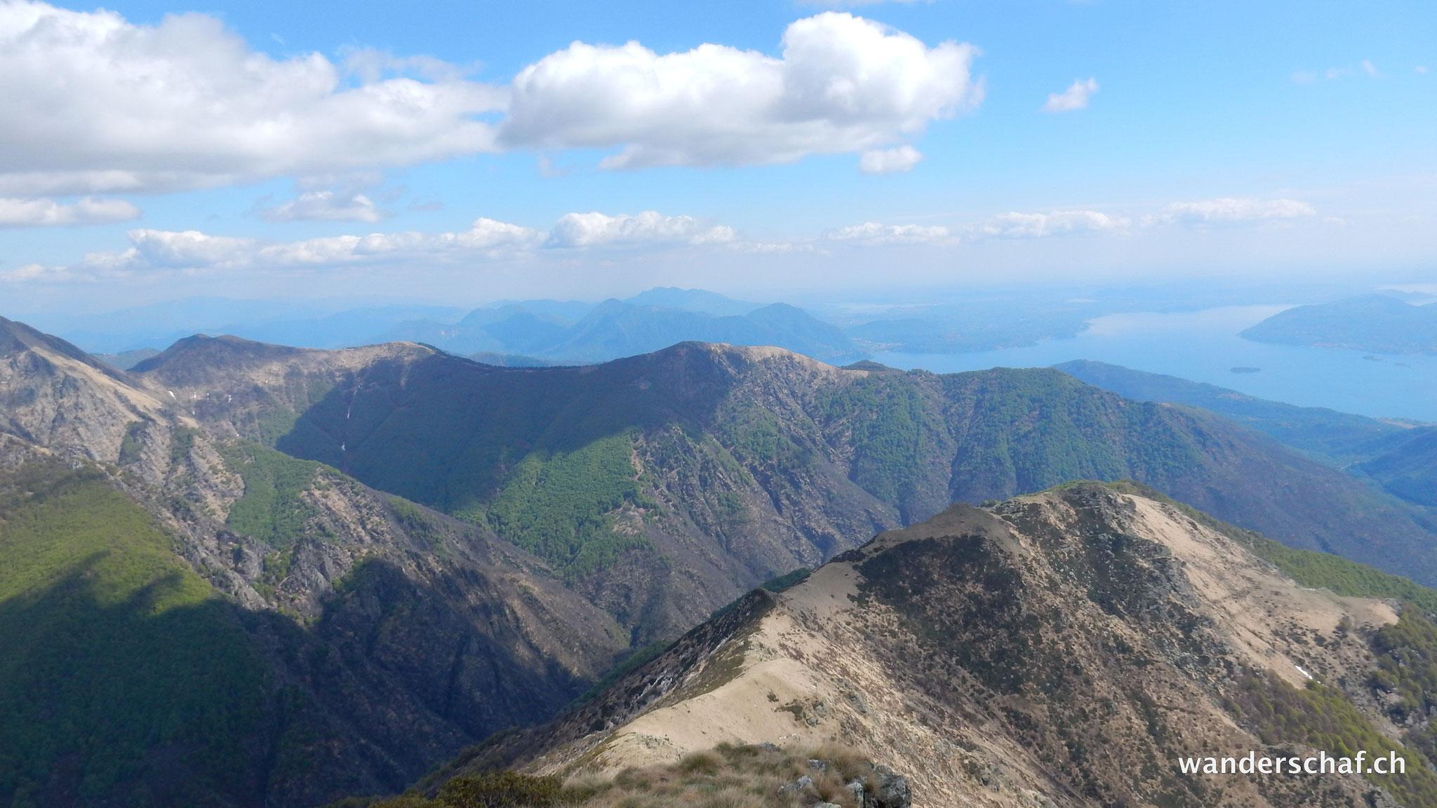 Auf- und Abstieg über die Colma di Belmello