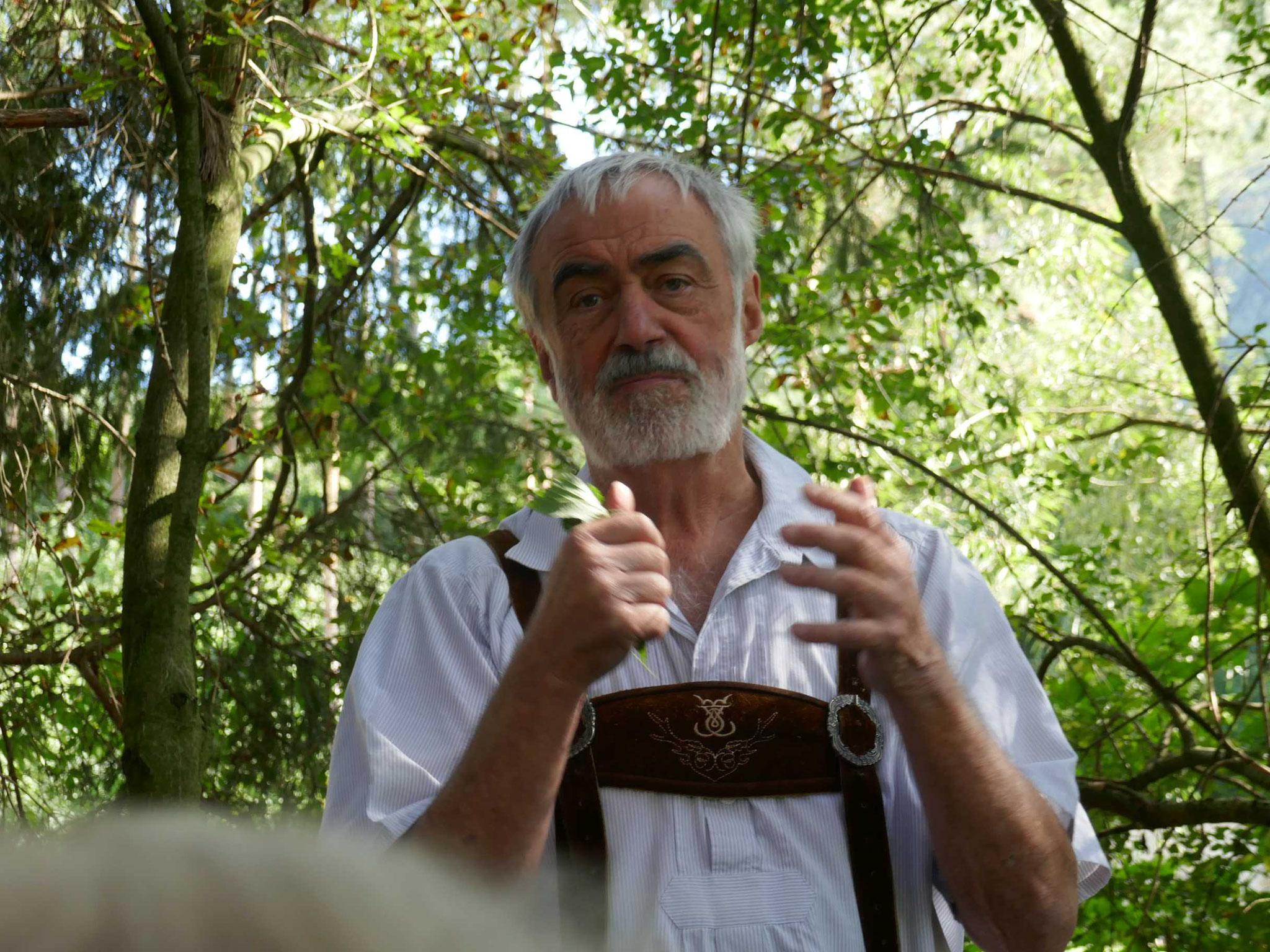 Steinschaler Naturgarten-Führung mit Johann Weiß