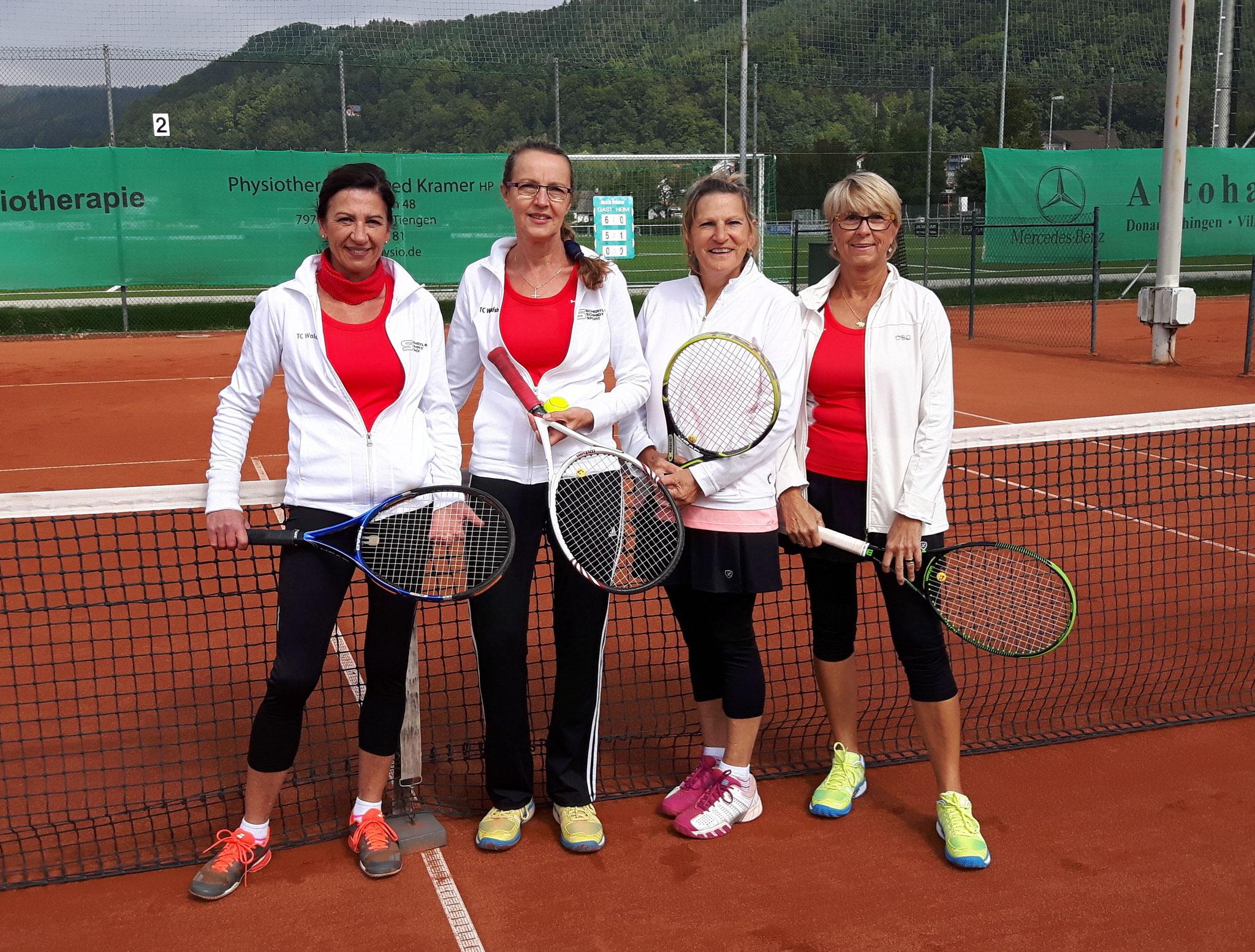 Damen Doppel v.l Ulrike Ebner, Ulrika Schirmaier (CM), Friedel Henze (CM), Tina Skopnik