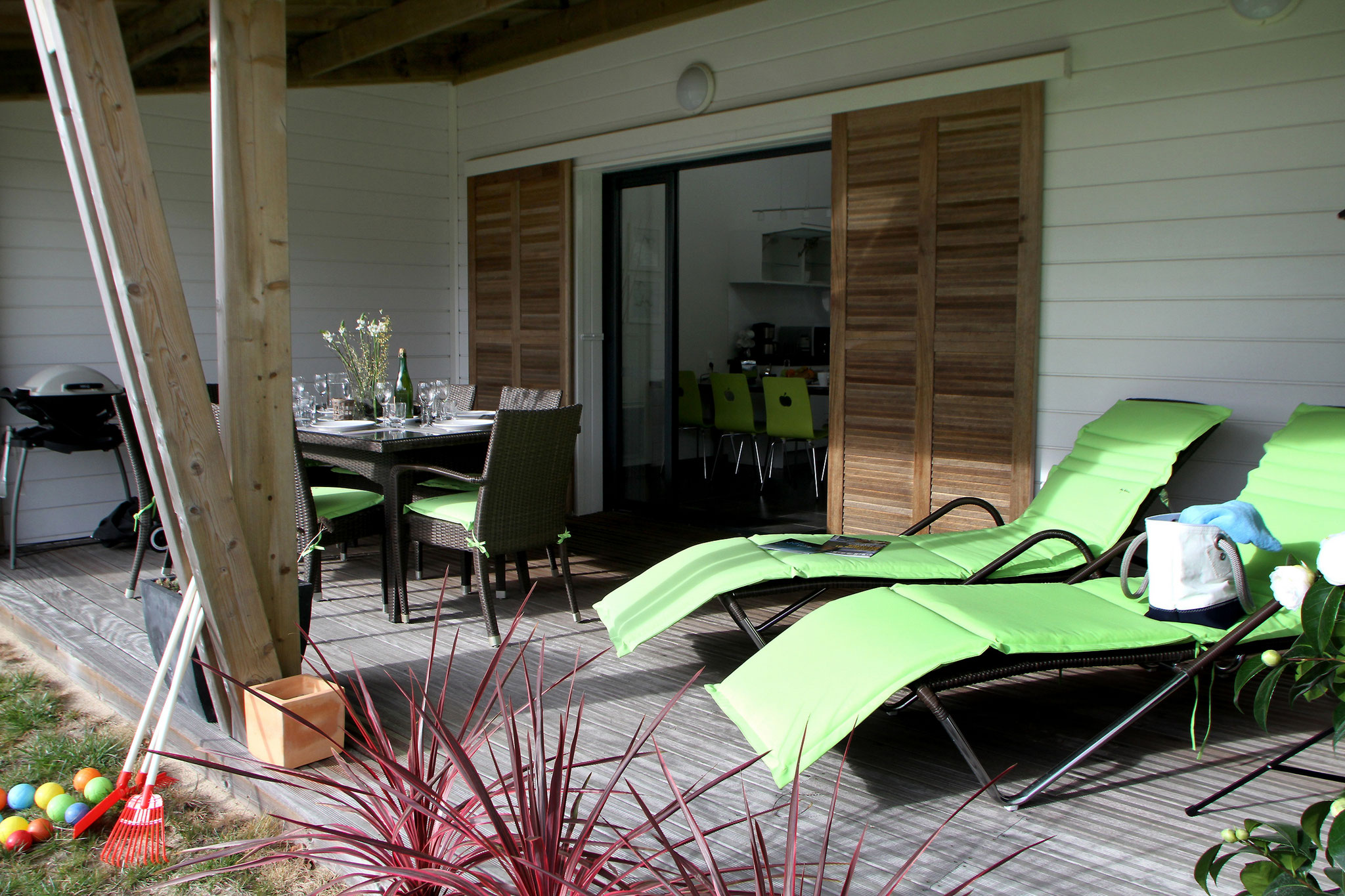 La terrasse pour profiter des doux rayons du soleil