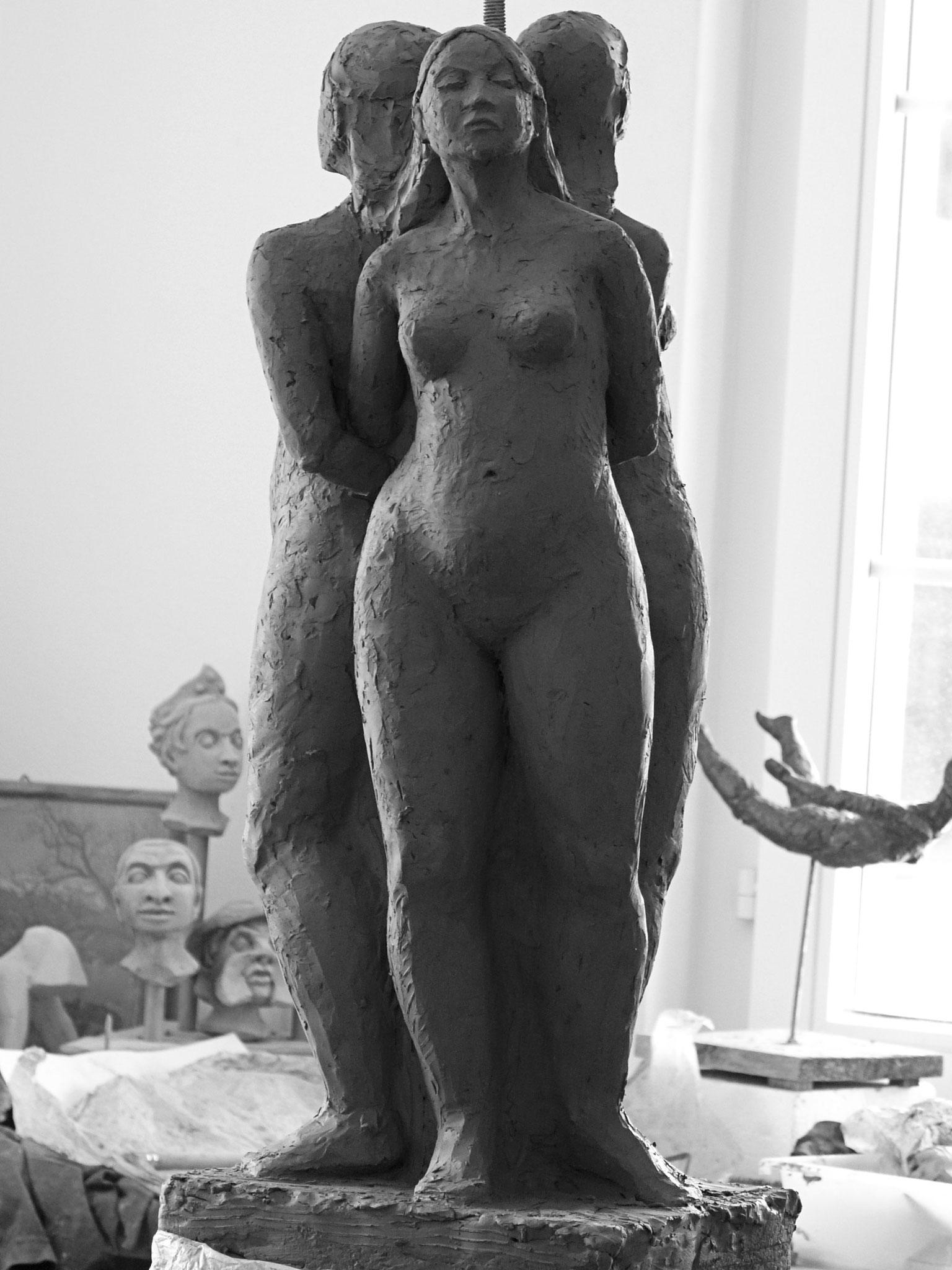 Nudi di donna, modello   -   Bildhauerei Wiedemer Basadingen