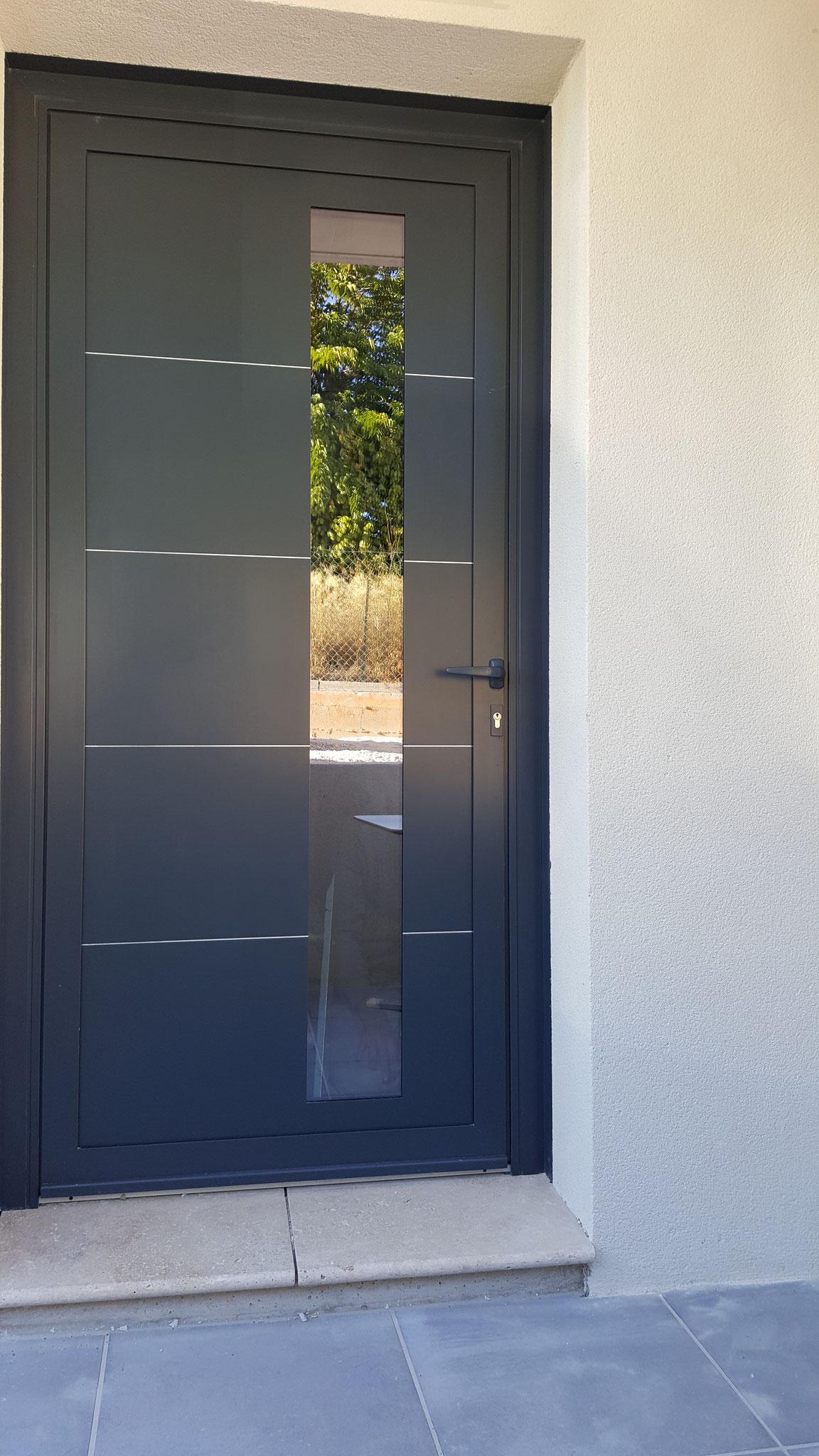 Porte d 39 entr e et porte d 39 int rieur menuiserie arts d co - Habillage interieur porte d entree ...