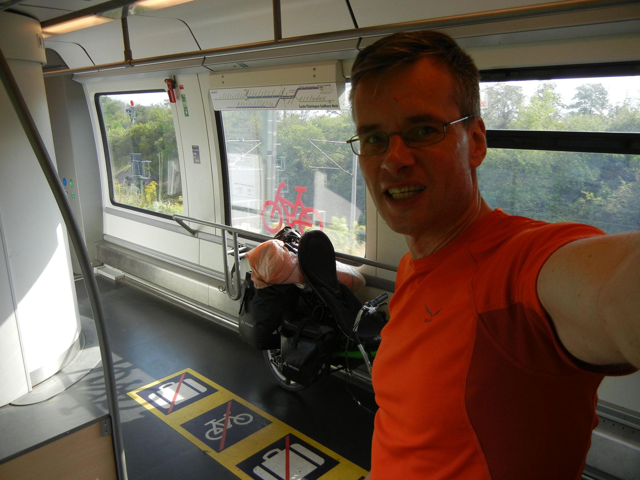 Die Anreise erfolgt öko logisch per Bahn.