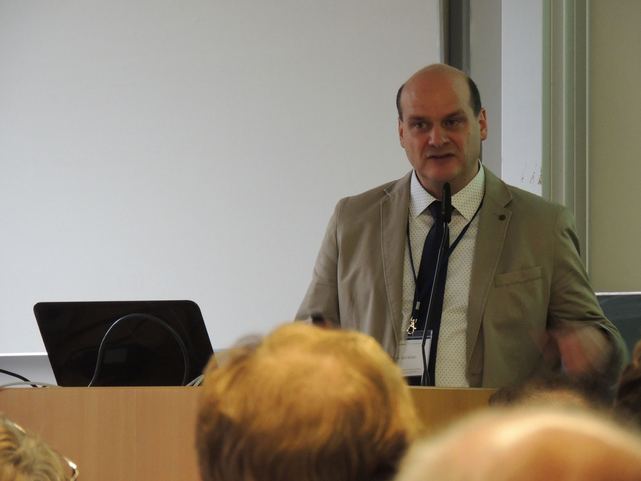 Dr. Ralf Reißel