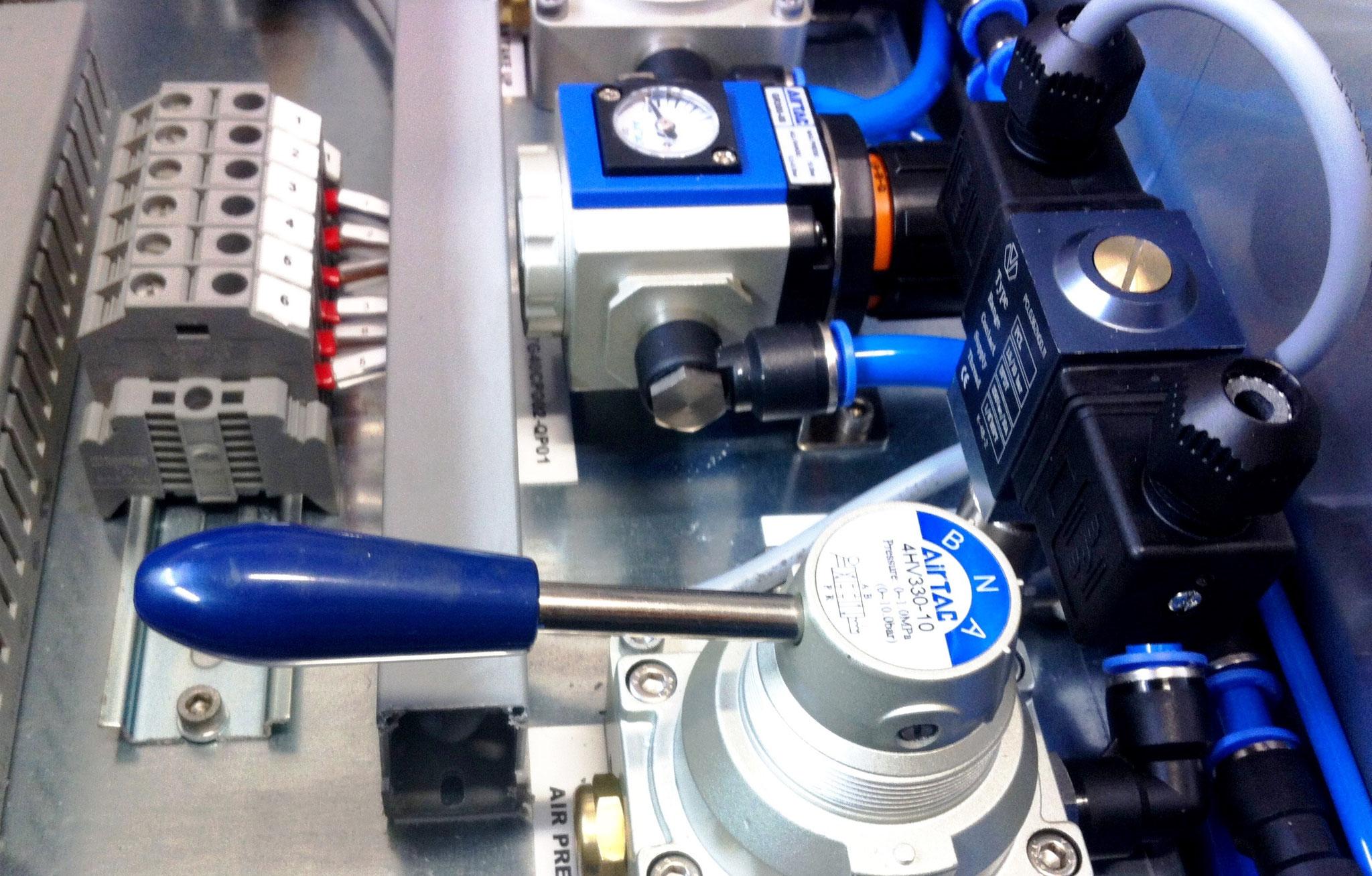 KOMPAUT - Quadri elettro-pneumatici di comando e controllo
