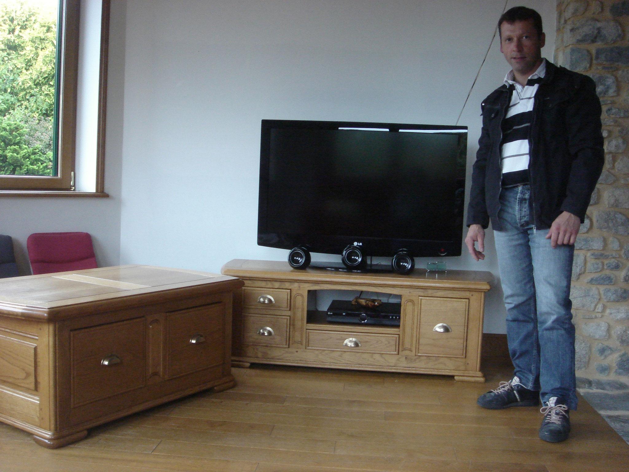 Meuble TV et table de salon chêne