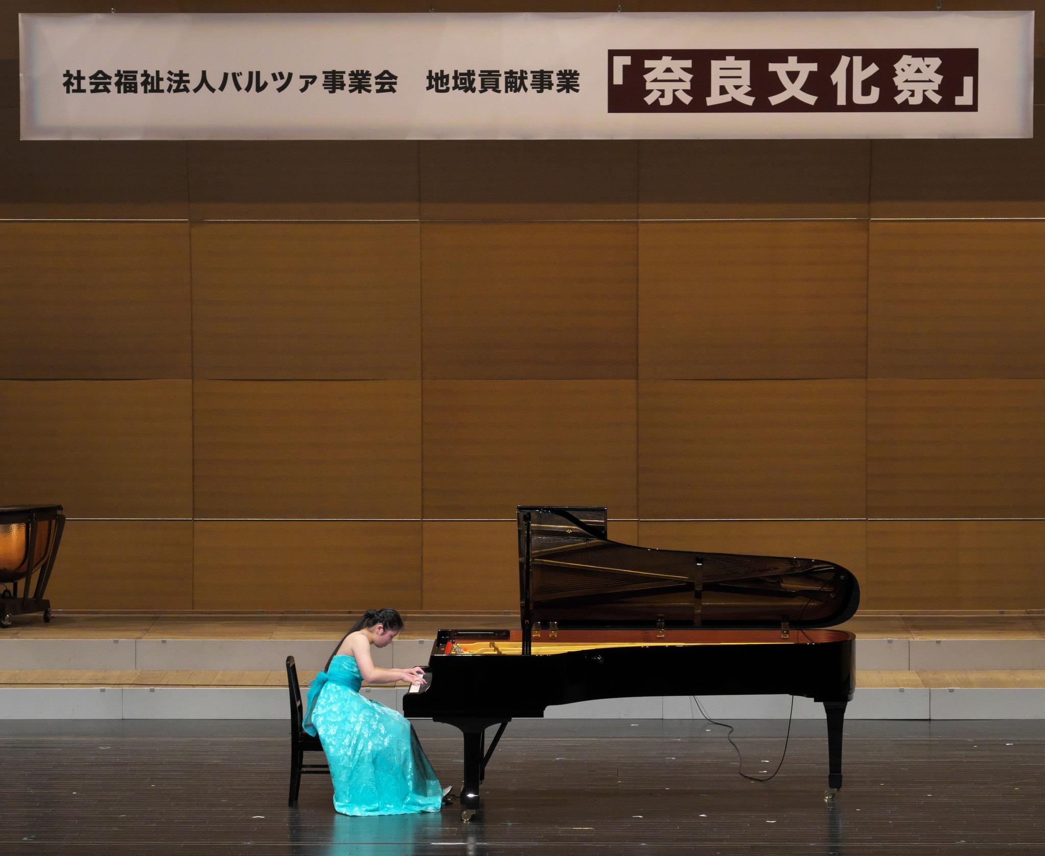 クラッシックピアノ mamoka