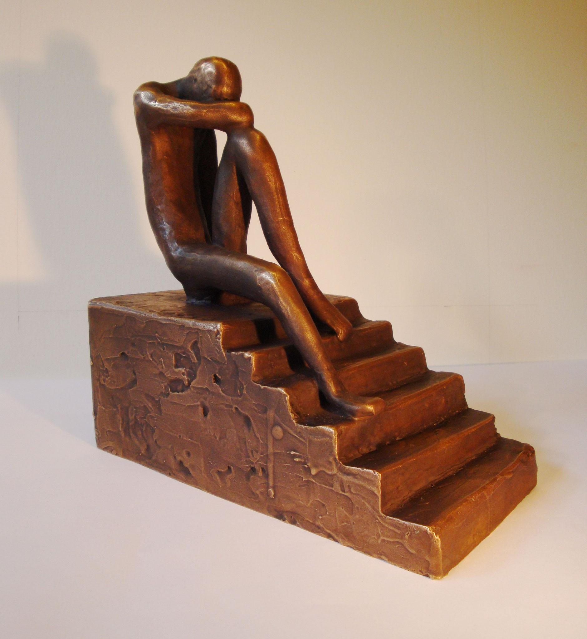 """""""In Gedanken auf Treppe"""" - Bronze - 23x24x12 cm"""