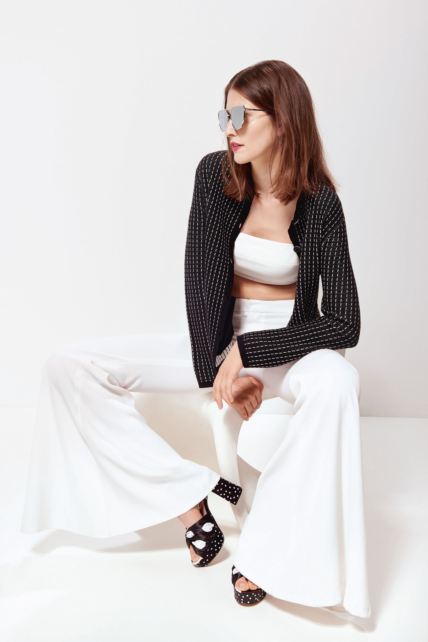ESISTO - Cashmere - Collection F/S 2019 - Black & White