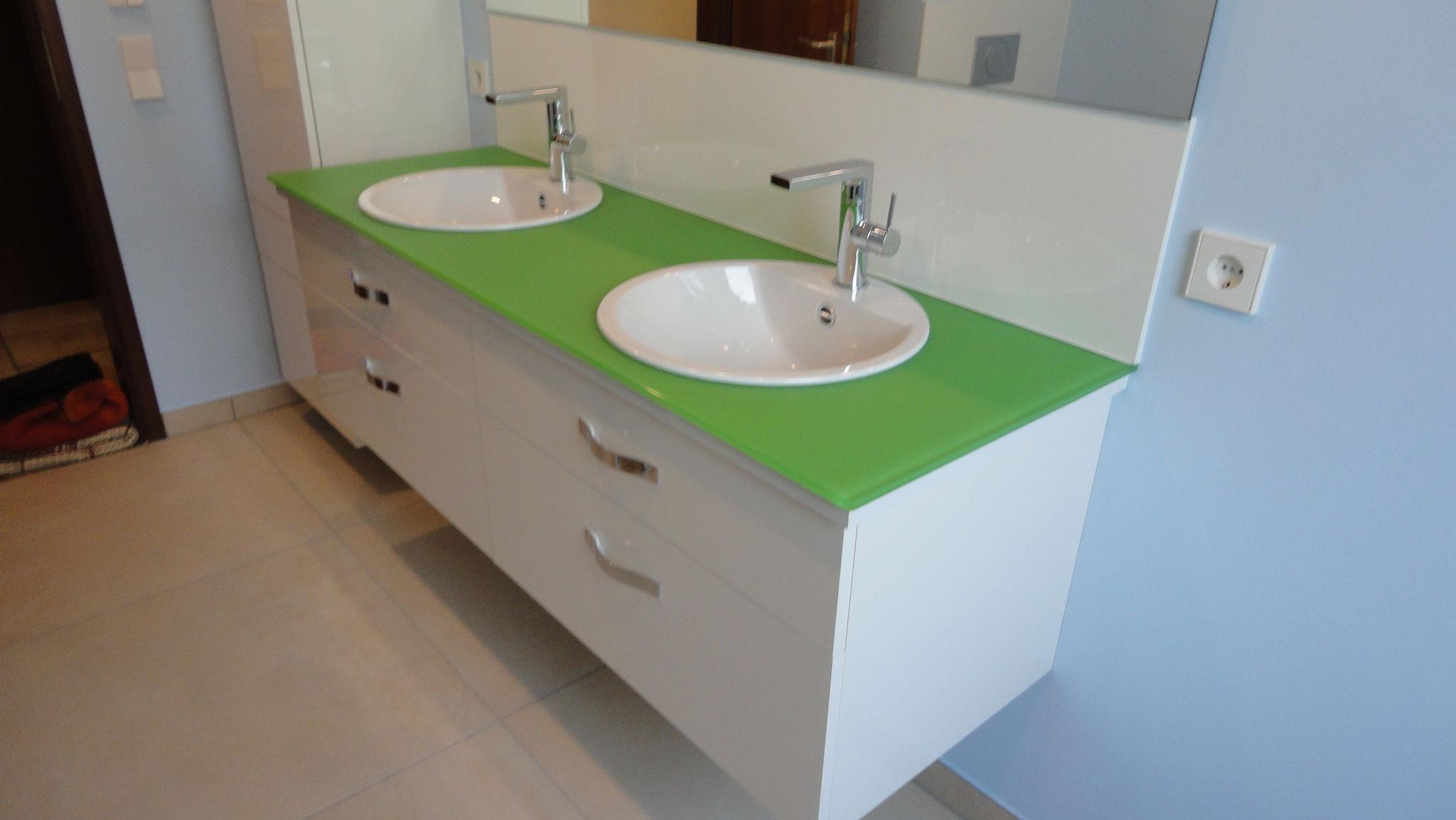 Waschtisch / Schichtstoff Hochglanz Weiß / Glasplatte