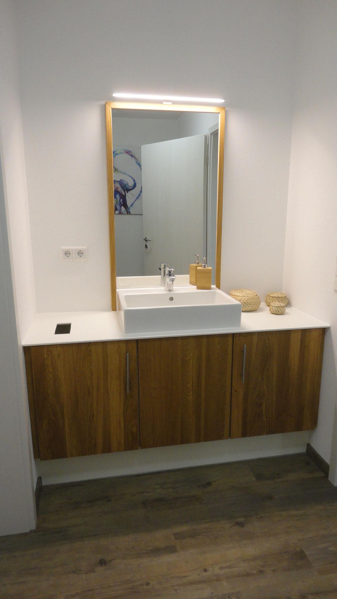 Waschtisch mit Spiegel / Eiche
