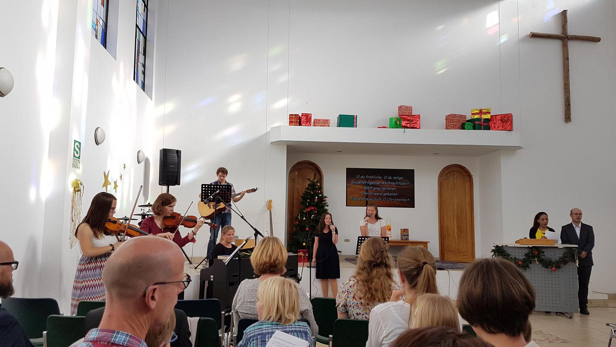 Und es gab sogar auch deutsche Weihnachtslieder.
