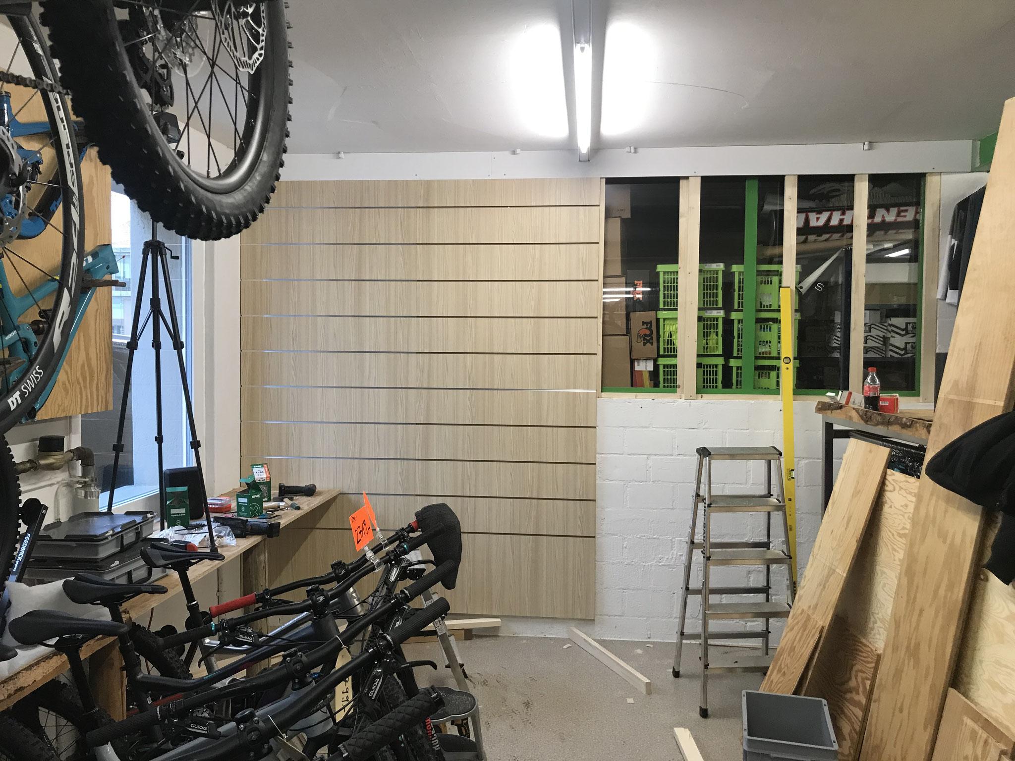 Systemwände Bikeshop One80 Köniz