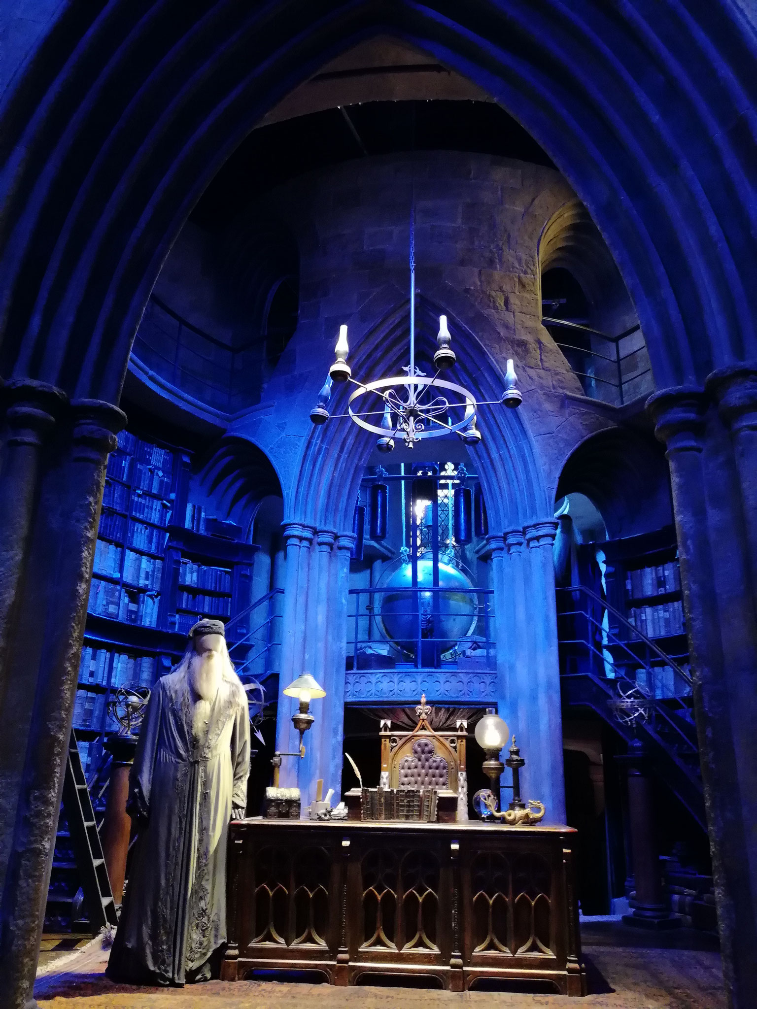 Welcome in Dumbledore's Office <3
