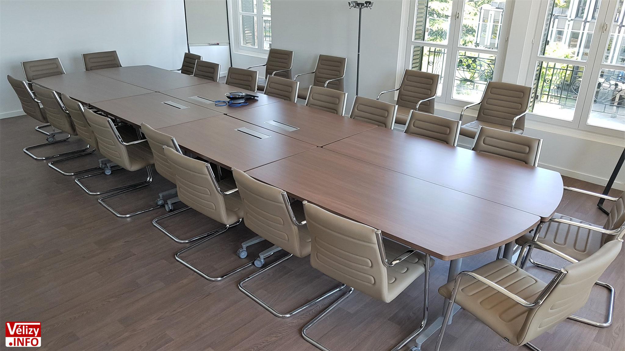 Une salle de réunion de l'Hôtel de Police de Vélizy-Villacoublay.
