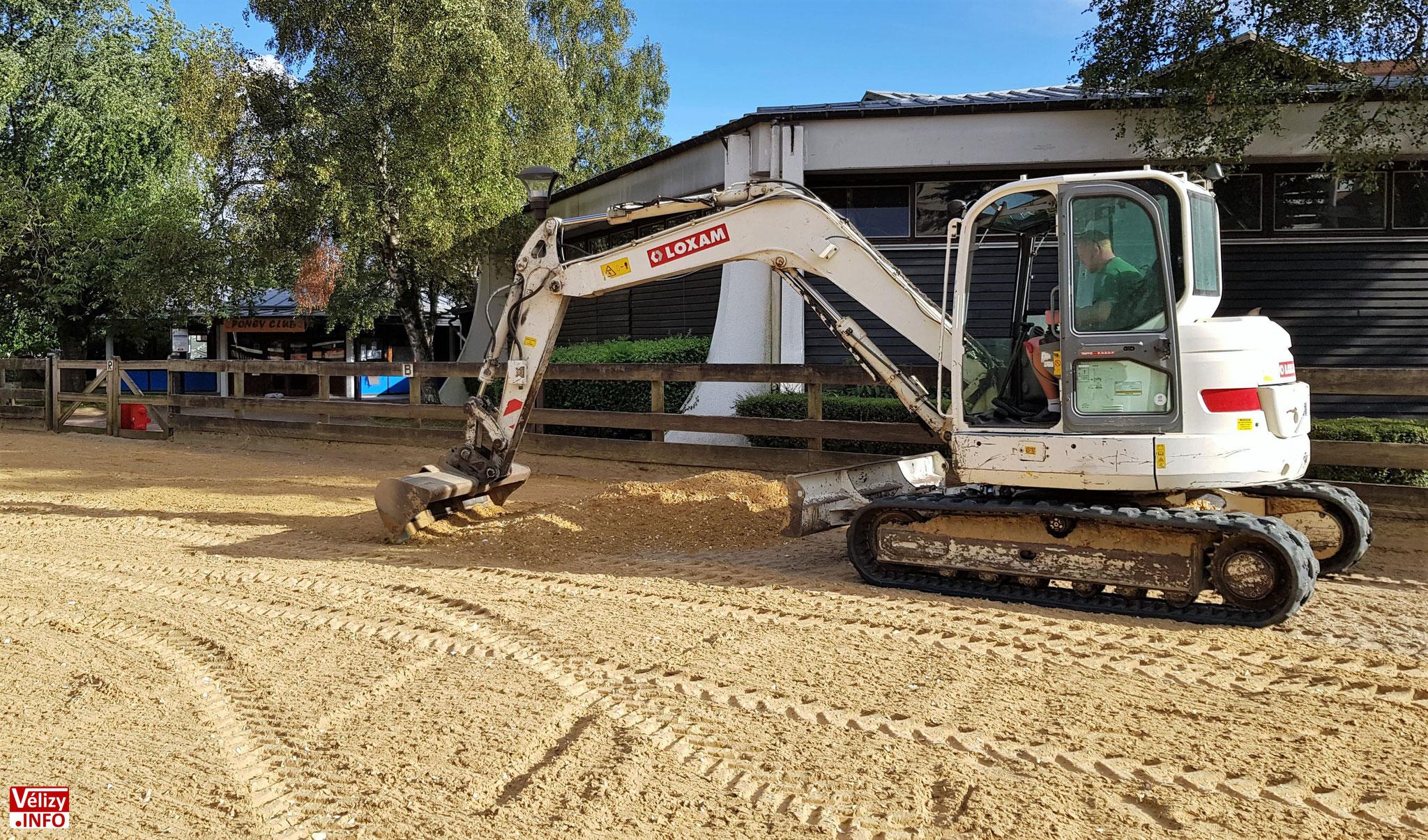 La carrière du poney-club de Vélizy-Villacoublay en cours de rénovation.
