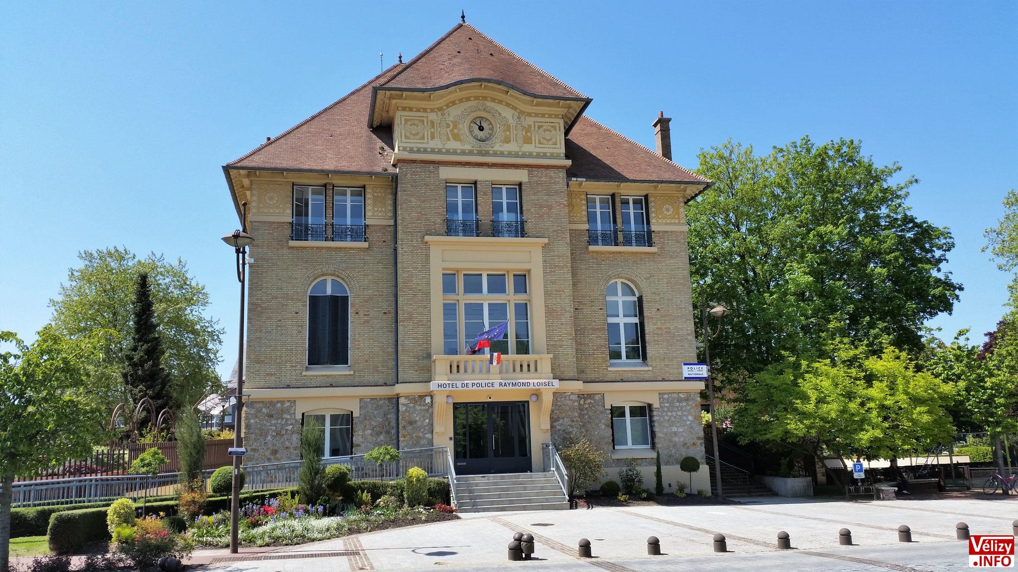 L'Hôtel de Police de Vélizy-Villacoublay.
