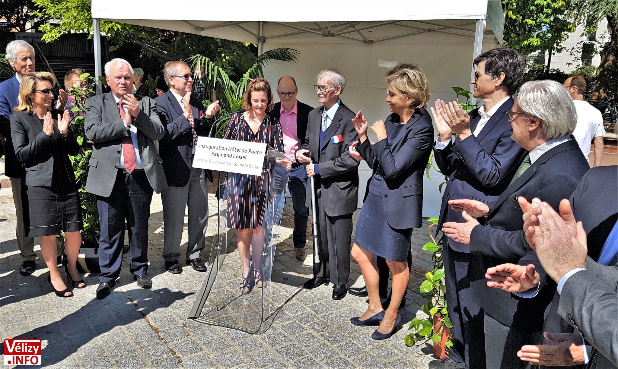 Hommage à Raymond Loisel lors de l'inauguration de l'Hôtel de Police de Vélizy-Villacoublay.