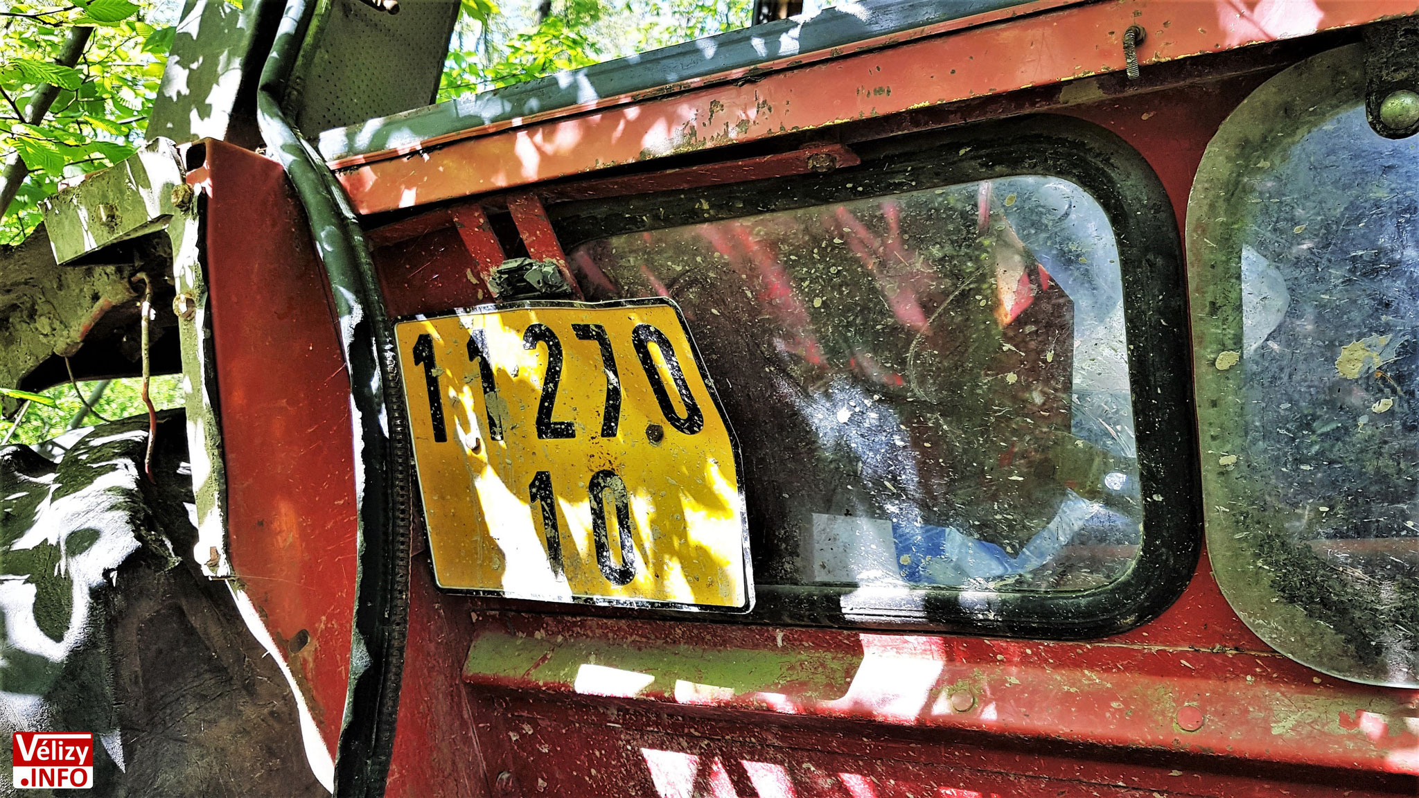 Immatriculation du tracteur.
