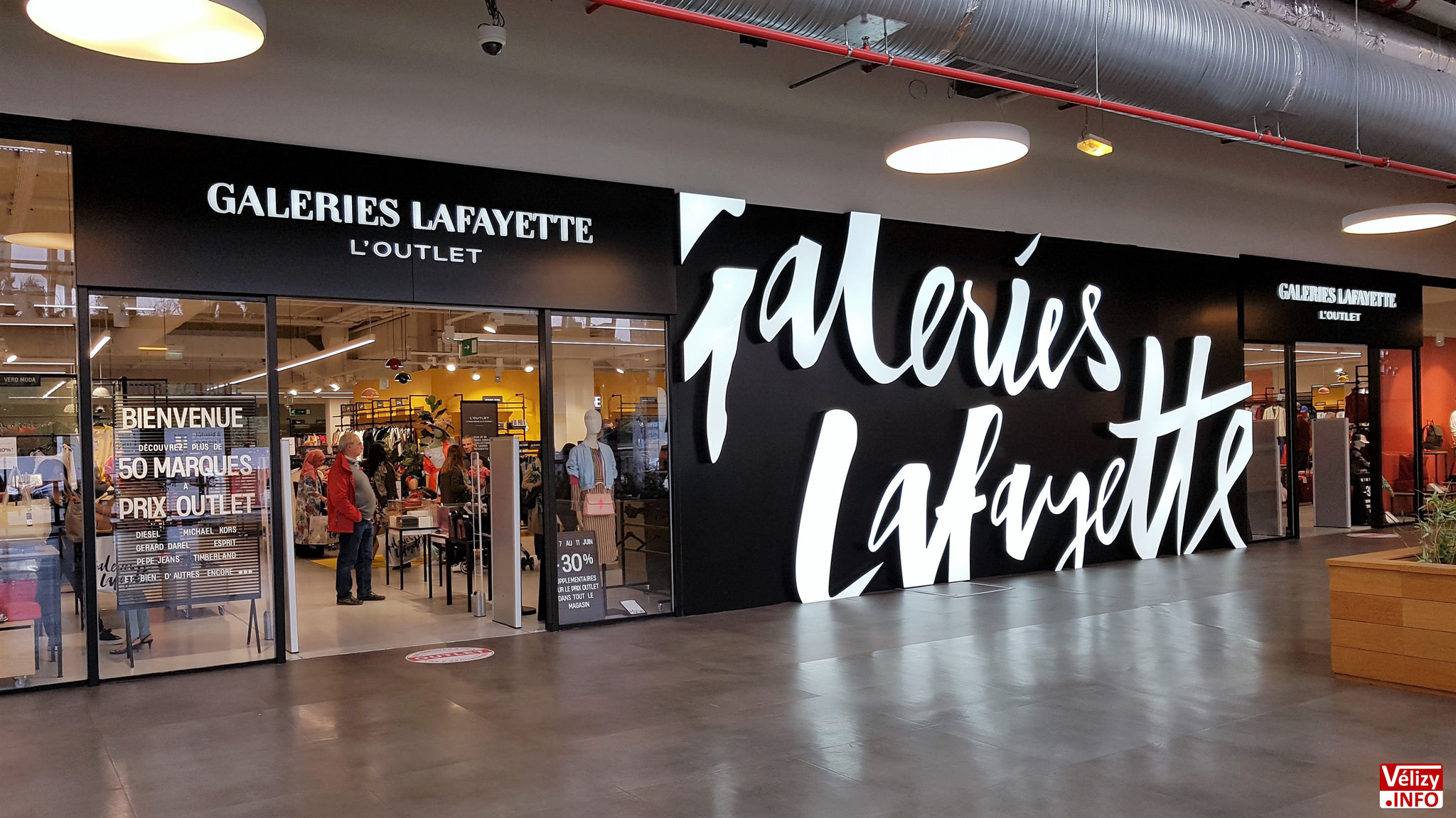 Galeries Lafayette l'Outlet - Centre Commercial L'Usine Mode & Maison - Vélizy-Villacoublay.