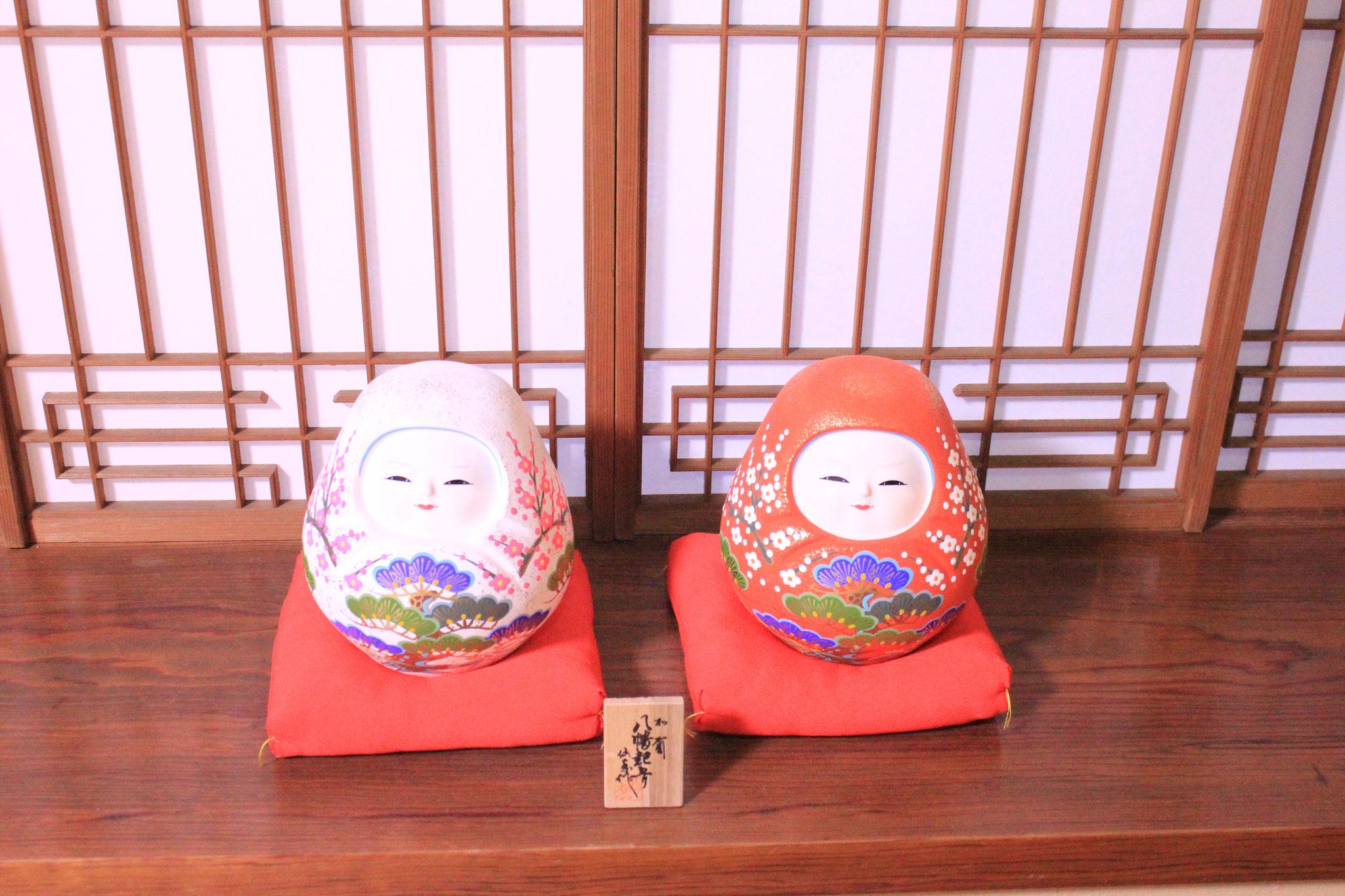 加賀八幡起上りのお人形、愛らしい表情をしていました