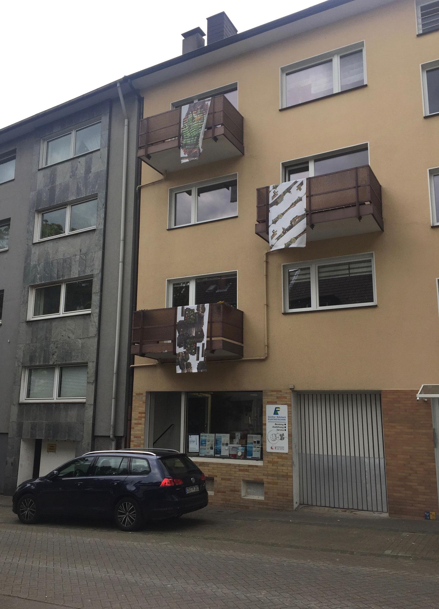 """RUBEN s. bürgam: """"Die Straße hängt am Balkon"""""""