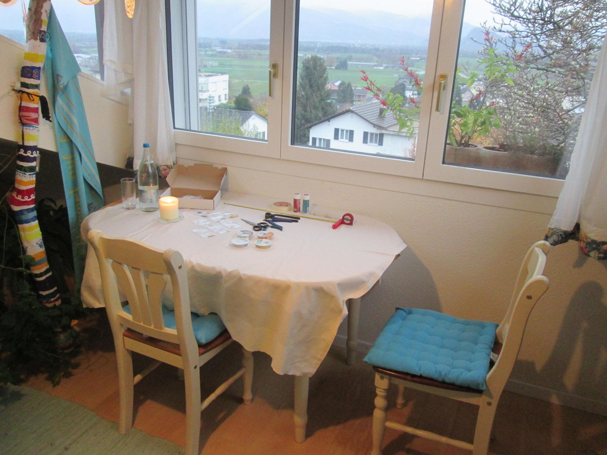 Dein Tisch zum Kreieren... :-)