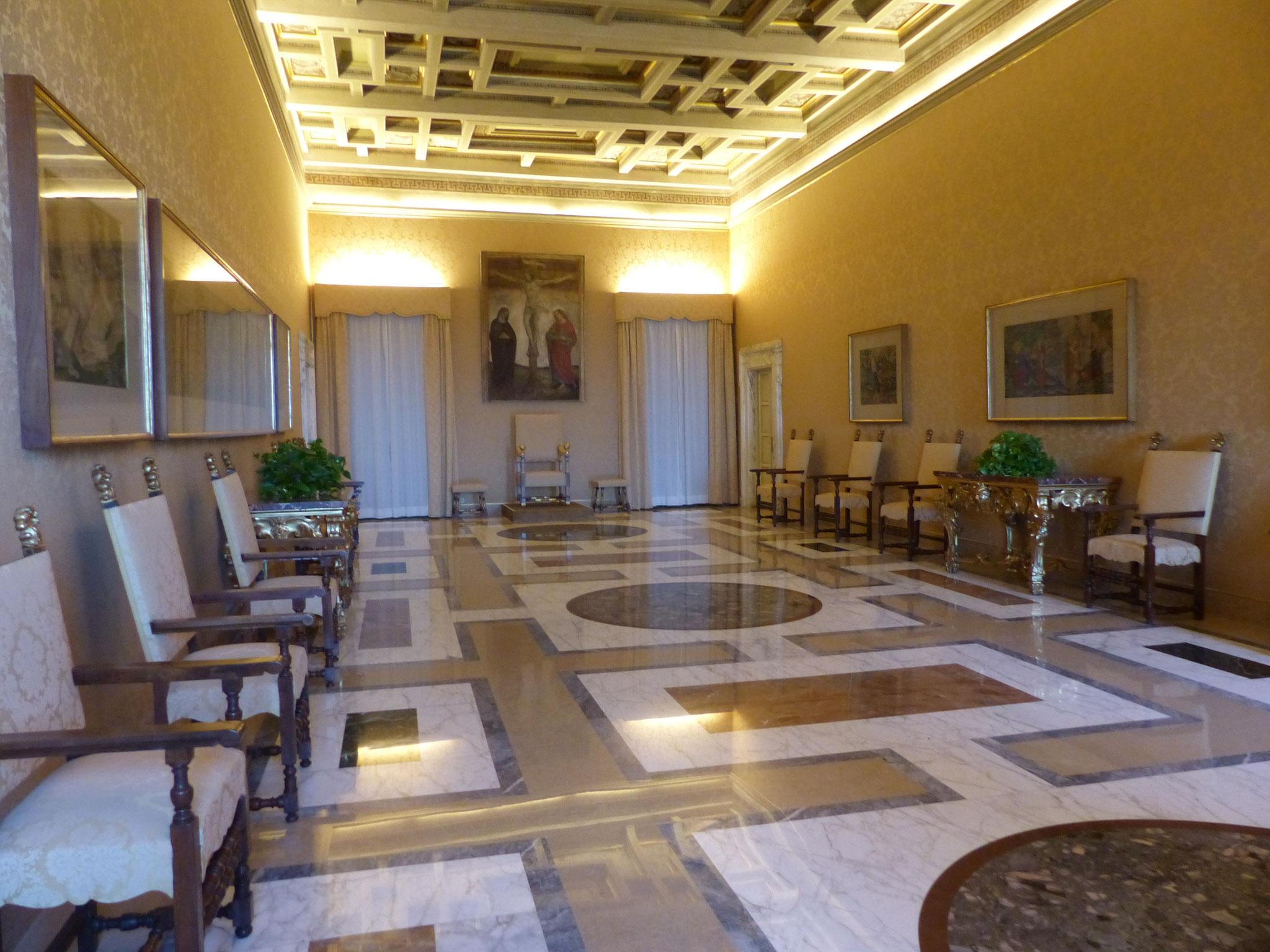 Raum Kardinals Treffen