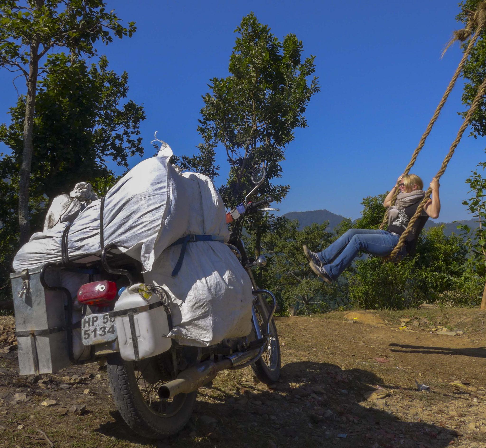 Überall in Nepal findet man diese mega coolen Bambusschaukeln.