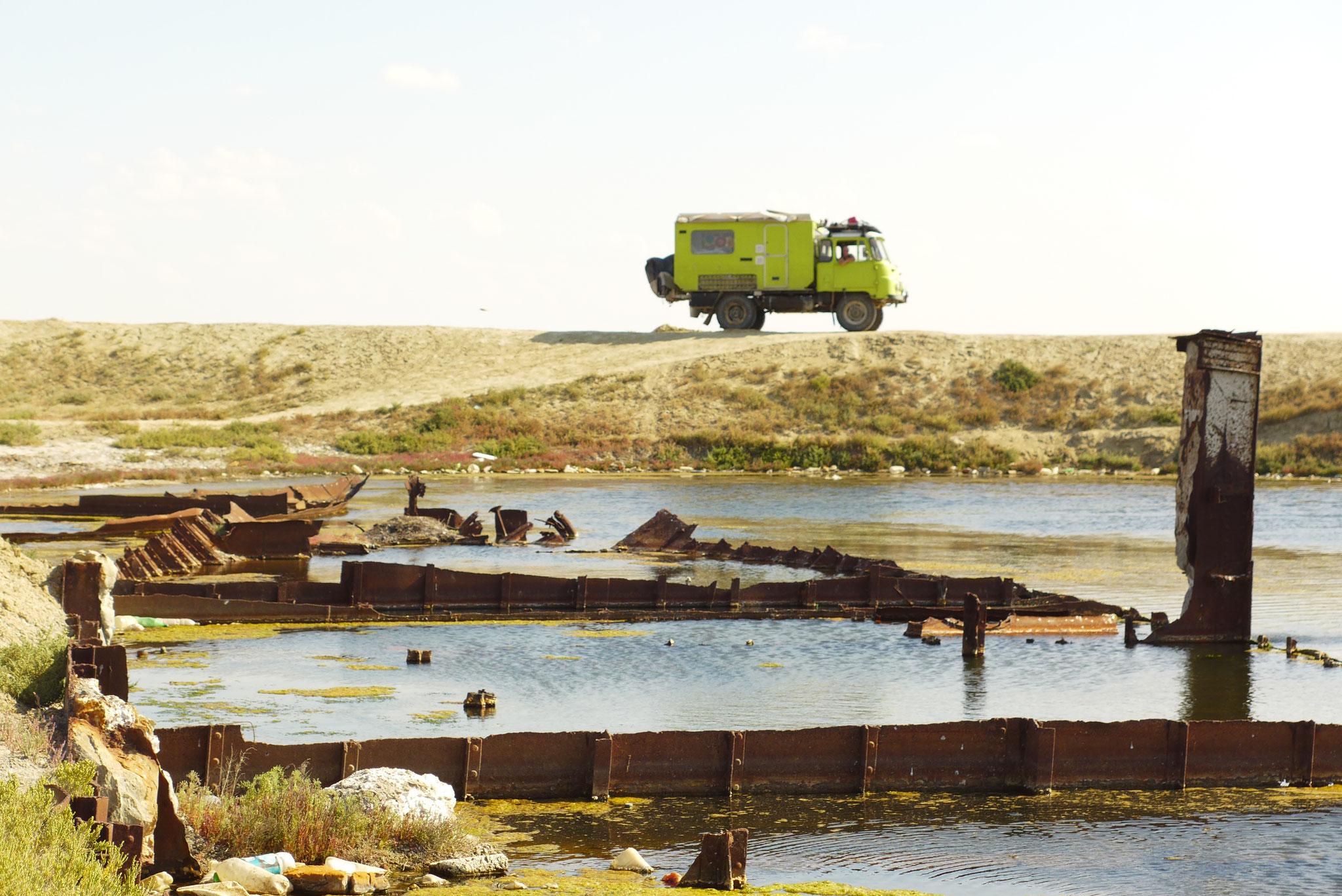 Der See war zwischenzeitlich so geschrumpft, dass sein Ufer 100km entfernt lag. Heute sind es nur noch 20...
