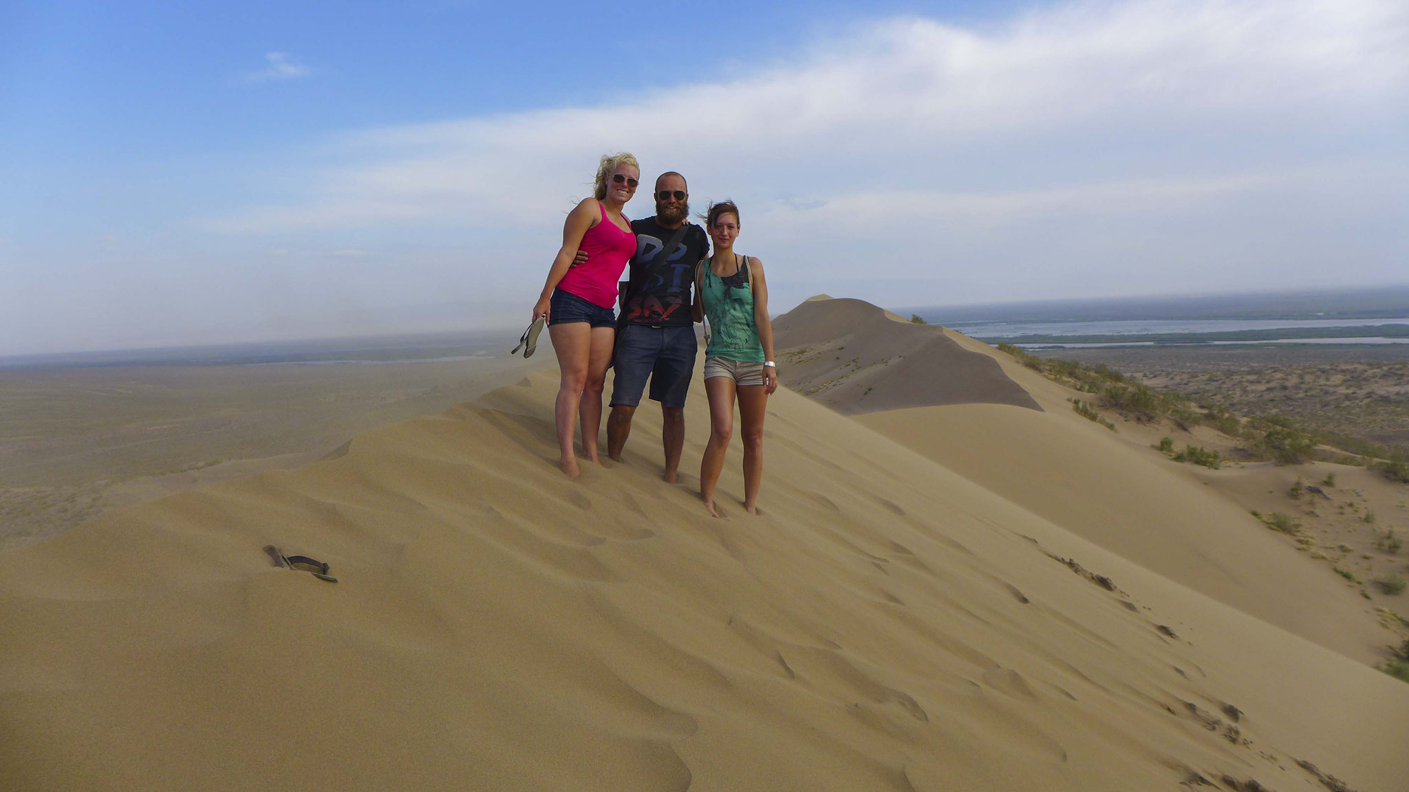 until we arrive to the top of the singing dune.