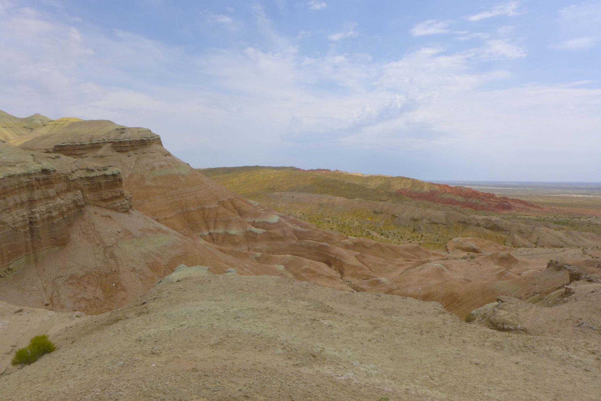 Über rote Berge (Katutau),