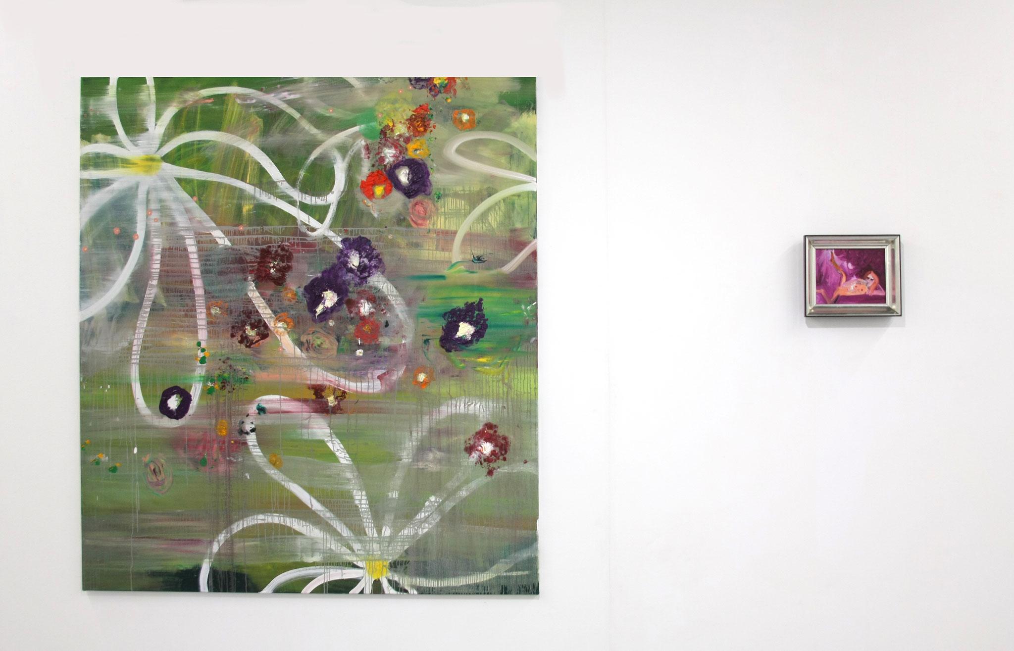 """Ausstellungsansicht mit """"punky flowers (Gänseblümchen), 180 x 160 cm"""