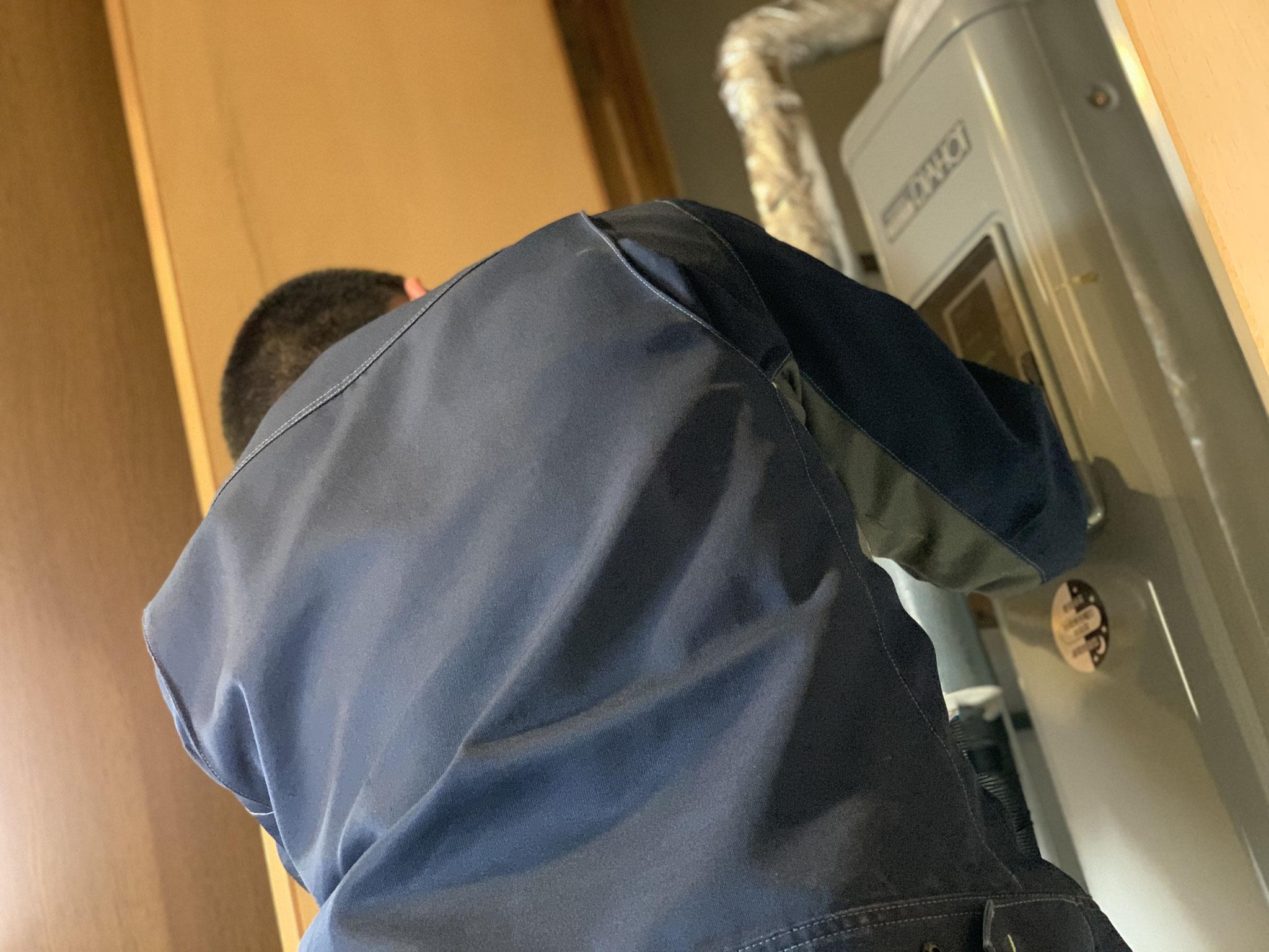 給湯配管修理工事 電気温水器 富士市