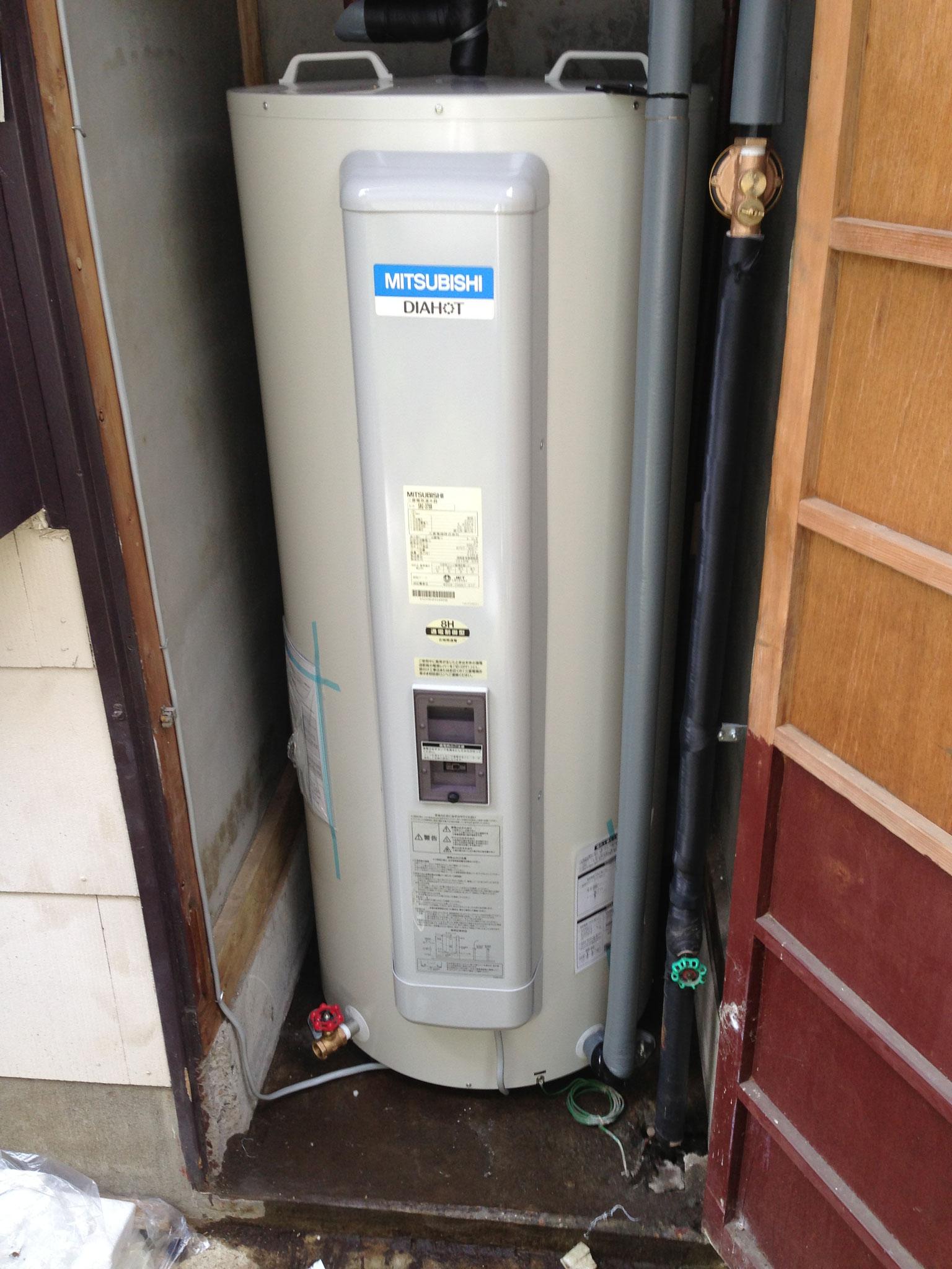 富士宮市 電気温水器交換工事