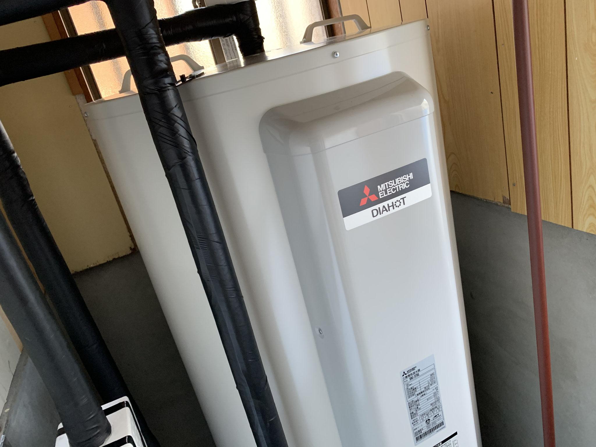 裾野市 電気温水器交換工事