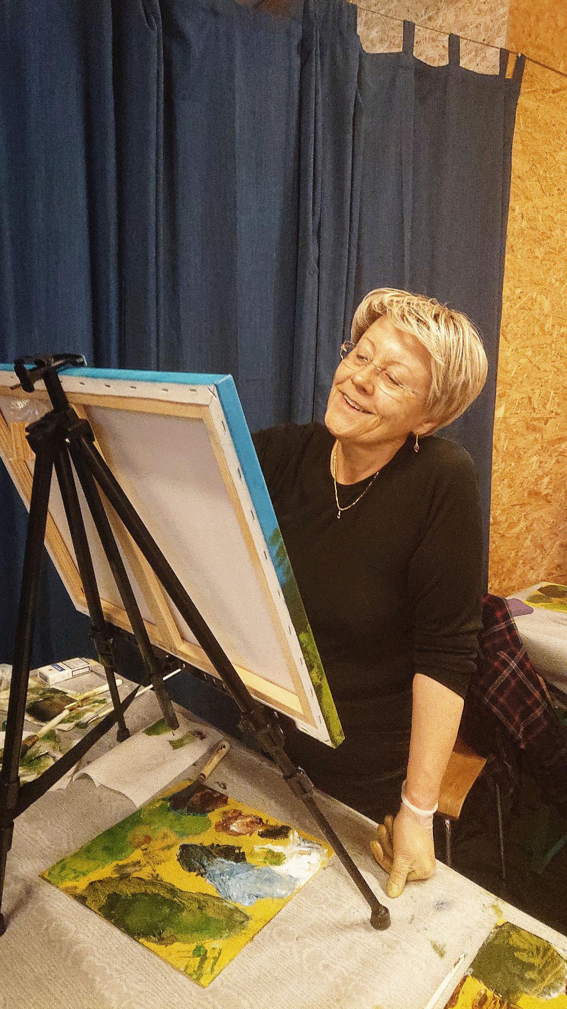 Freude beim Malen soll dabei sein. 17.11.2018