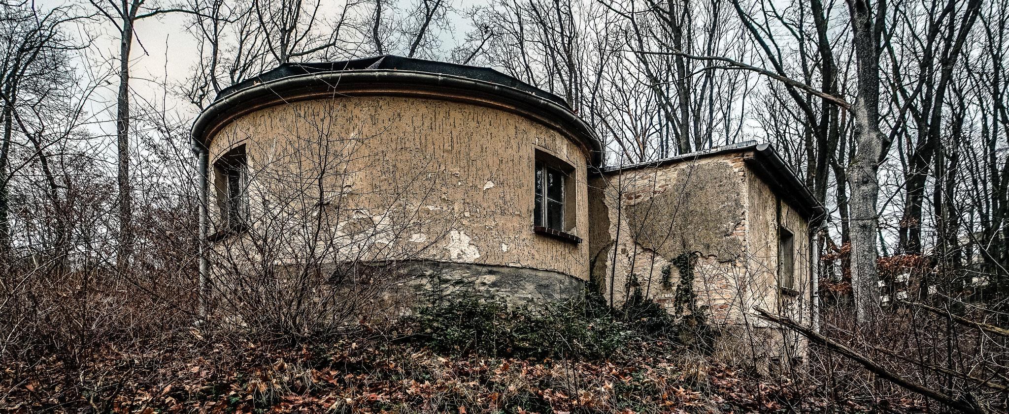 Das marode Haus des Sternenguckers