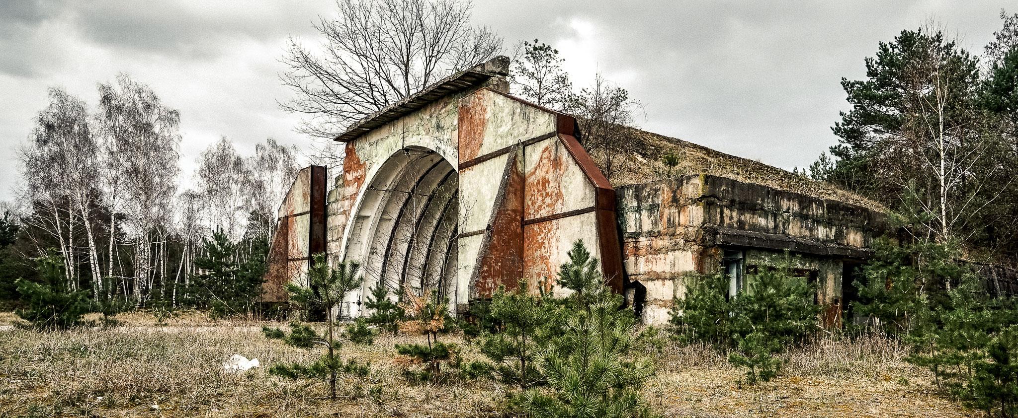 Der Luftwaffenstützpunkt mit dem Bunker