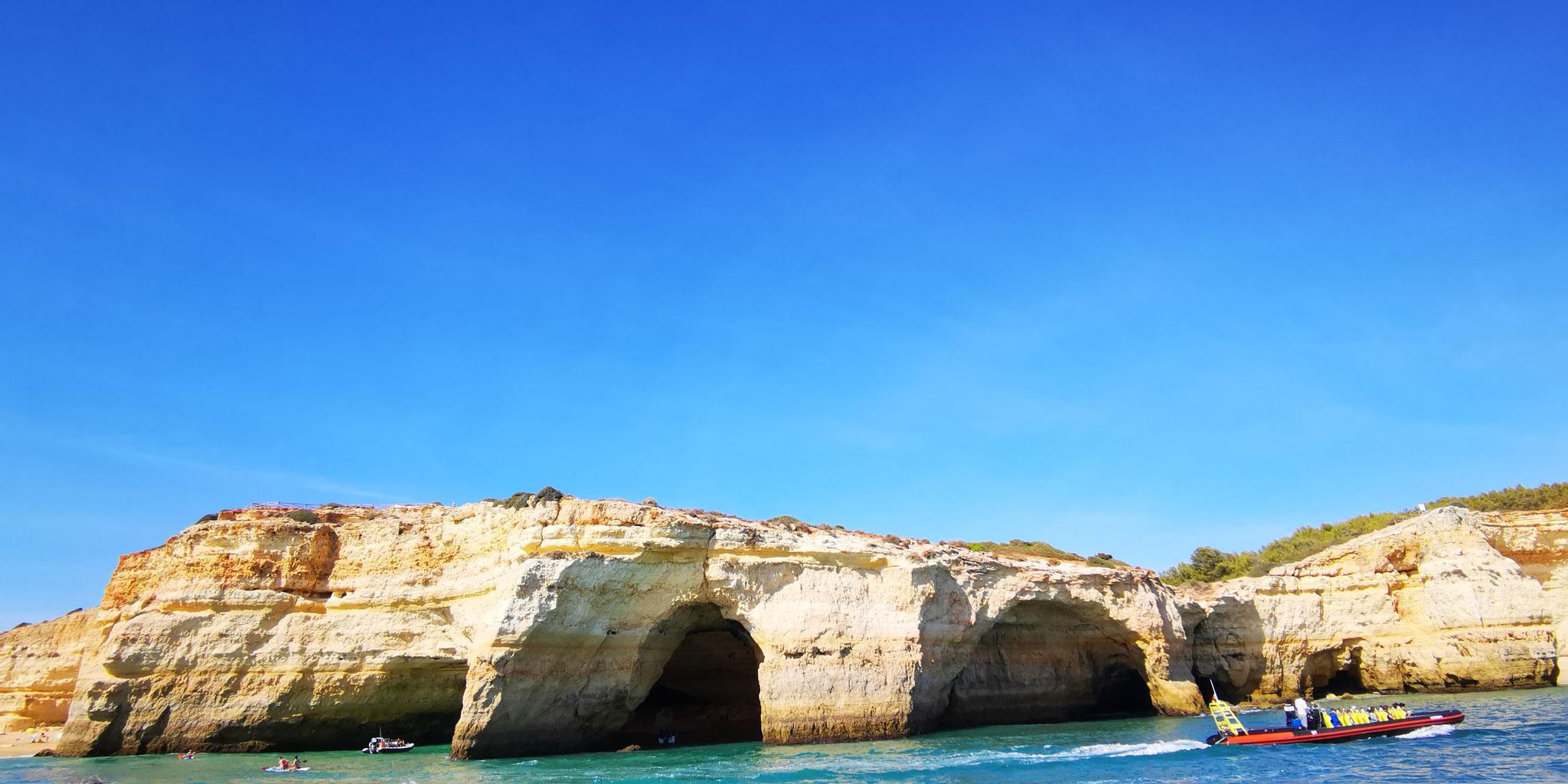 Versteckte Höhlen - Algarve