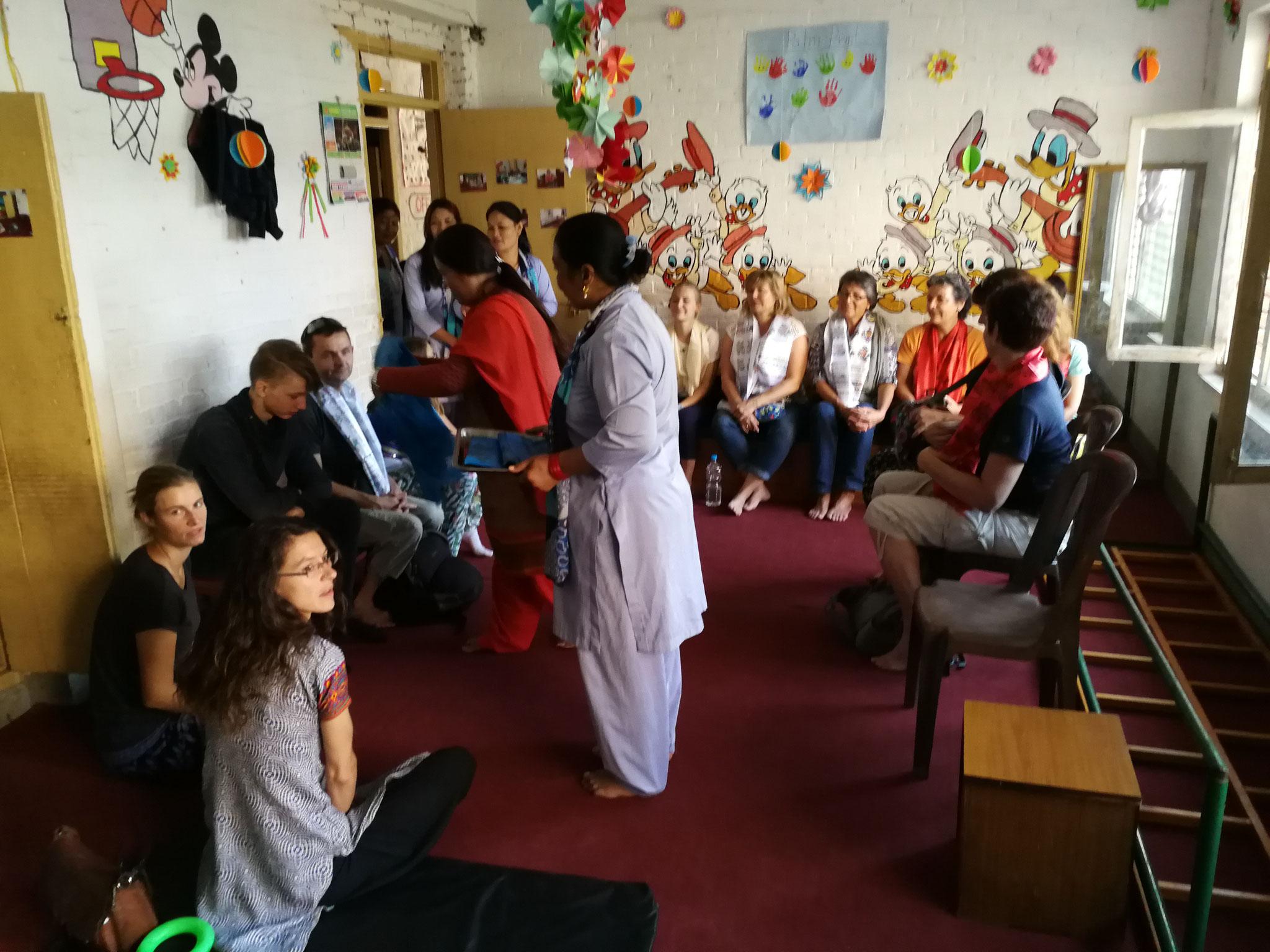 En visite à Satprayas