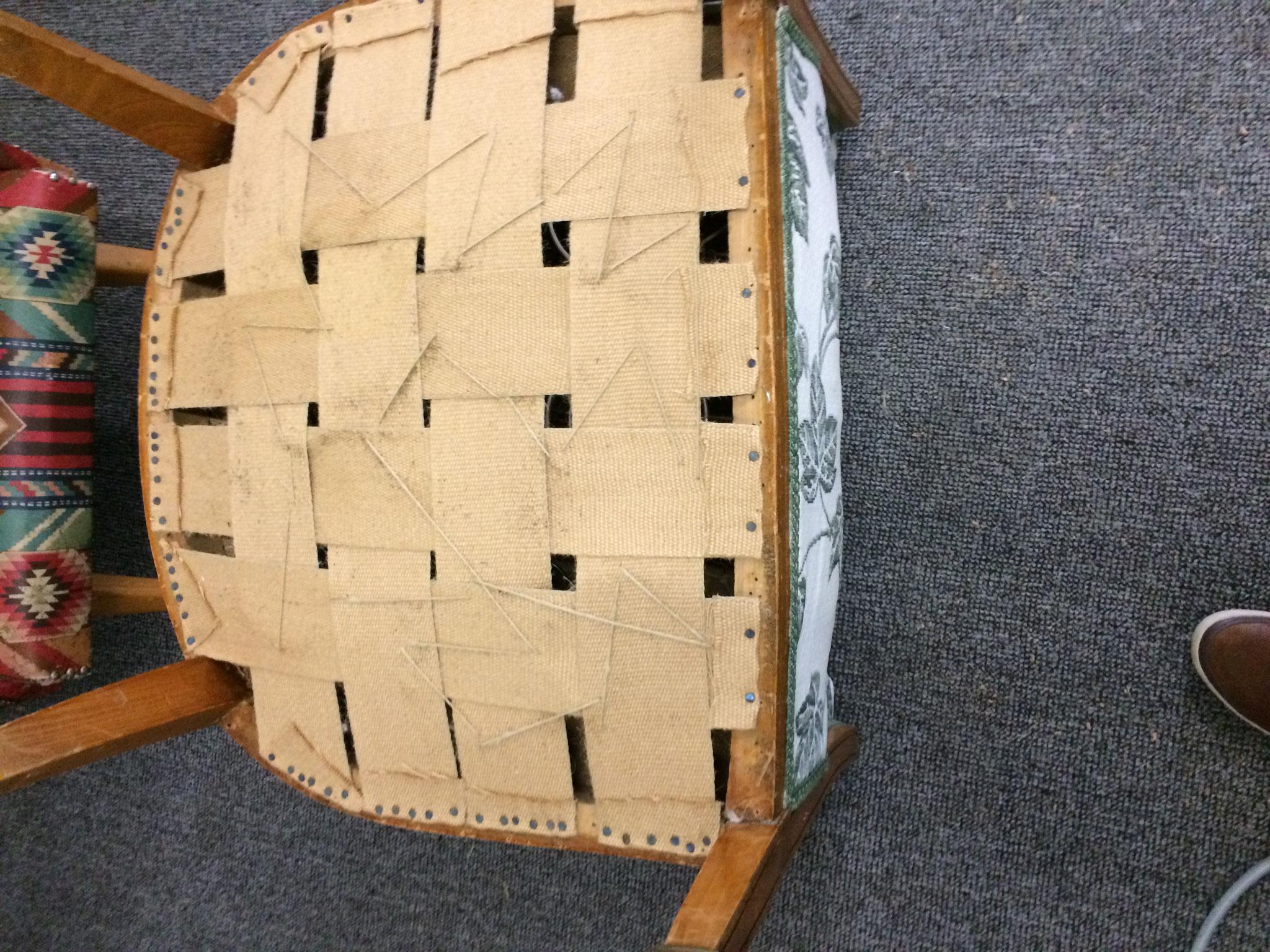 remplacement de garniture et de mousse d 39 ameublement tapissier brignais lyon sp cialiste. Black Bedroom Furniture Sets. Home Design Ideas