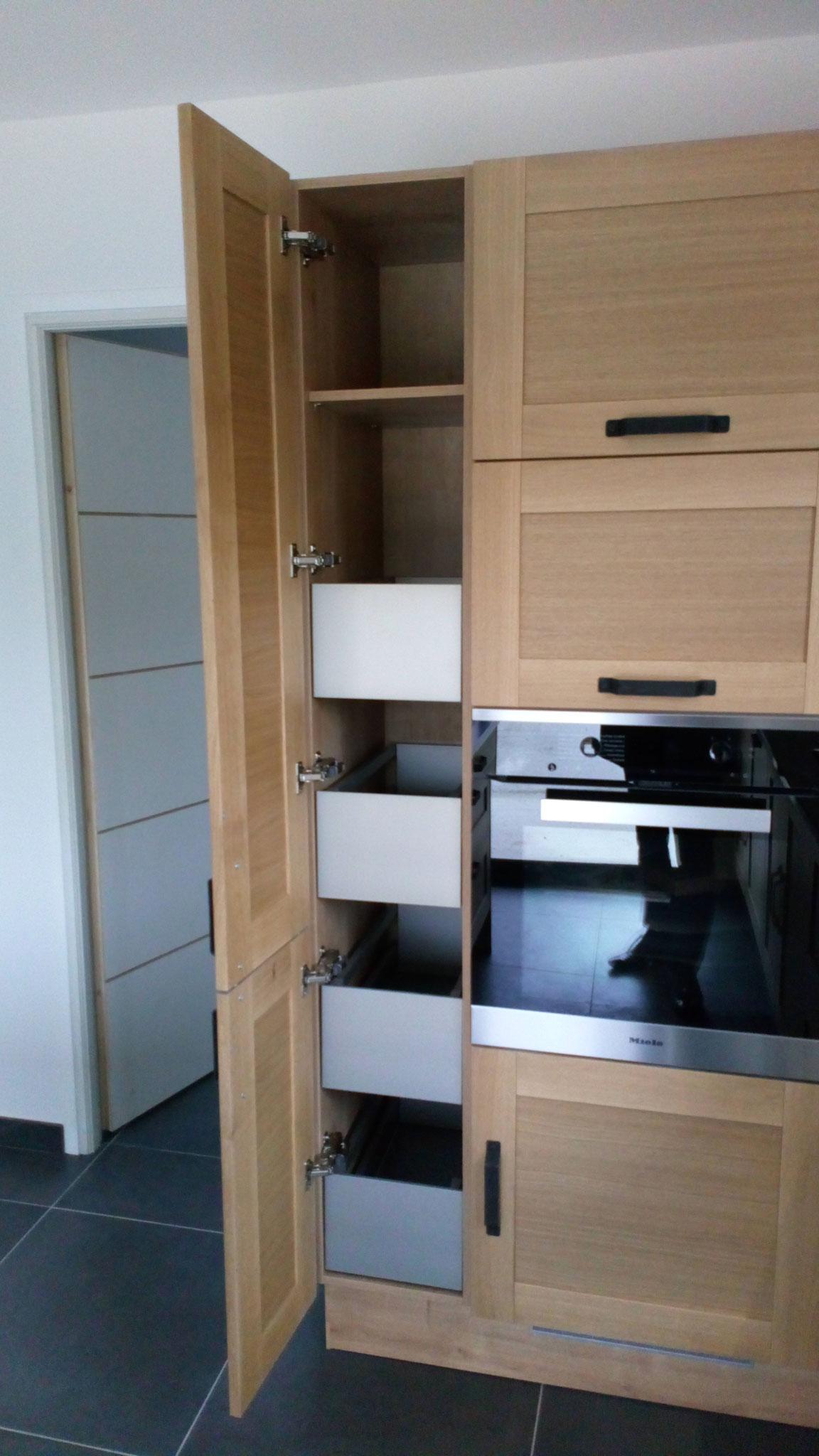 Armoire avec tiroirs à l'anglaise - tiroirs intérieurs